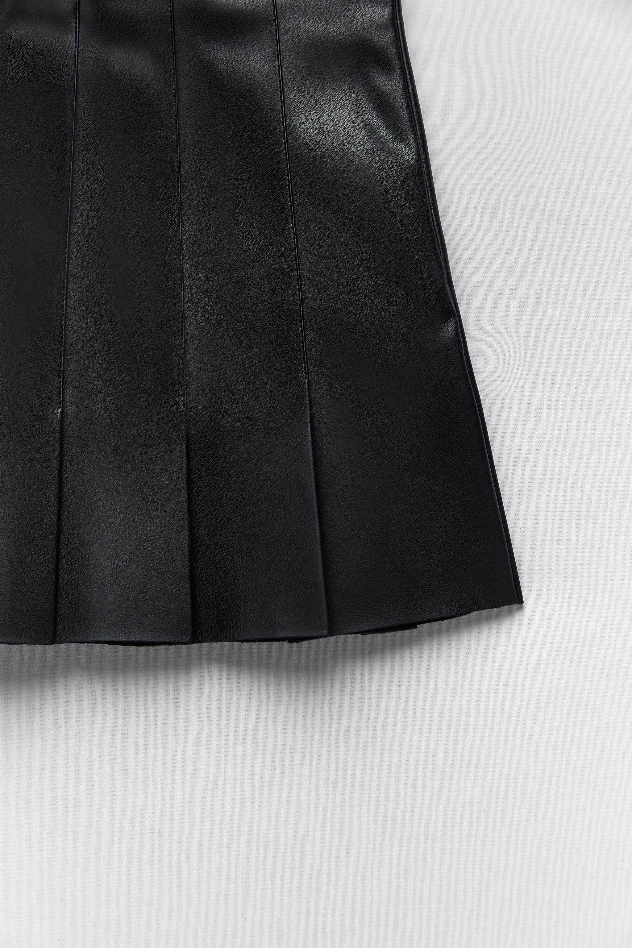 FAUX LEATHER BOX PLEAT SKIRT 9