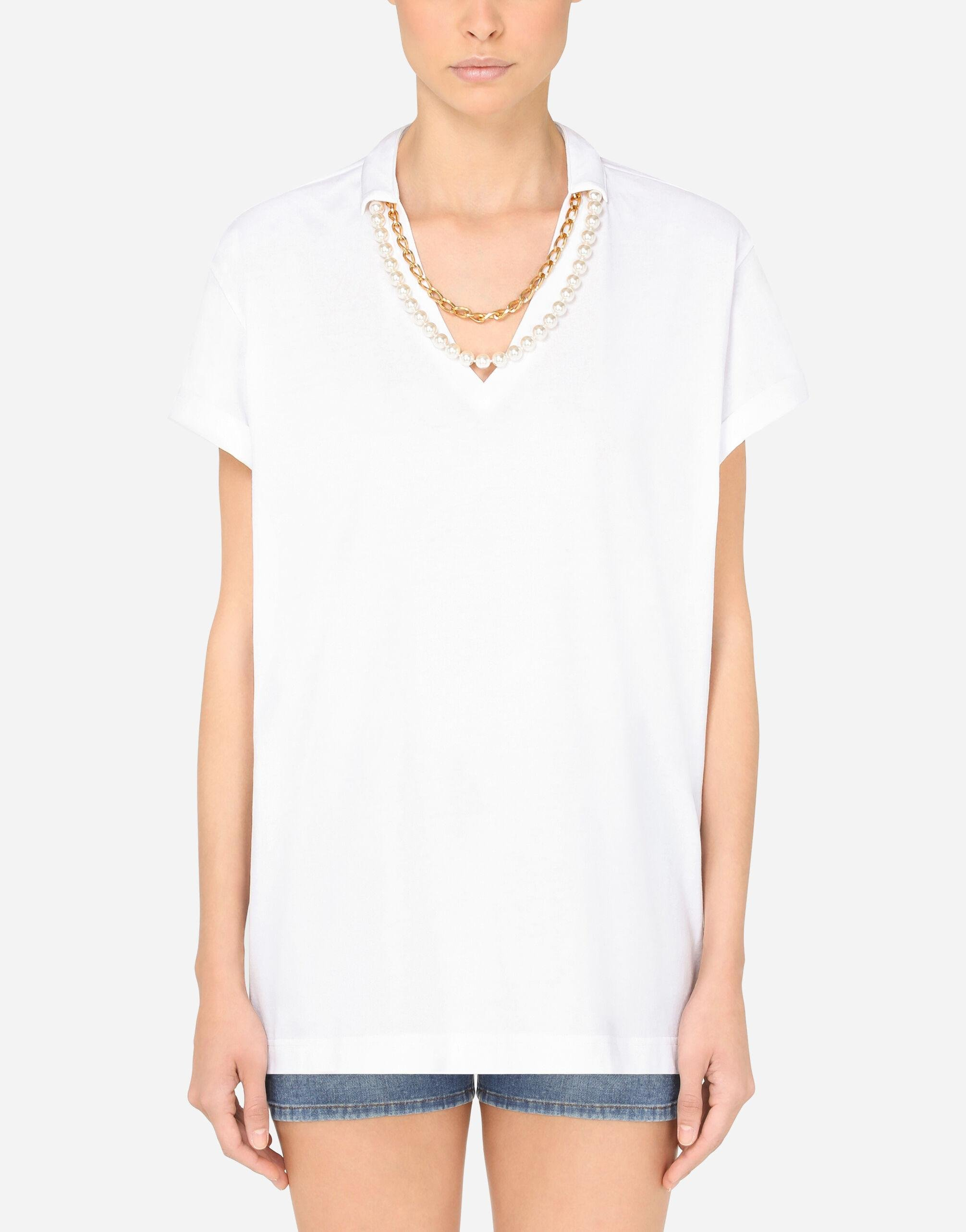 V-neck jersey t-shirt with necklaces
