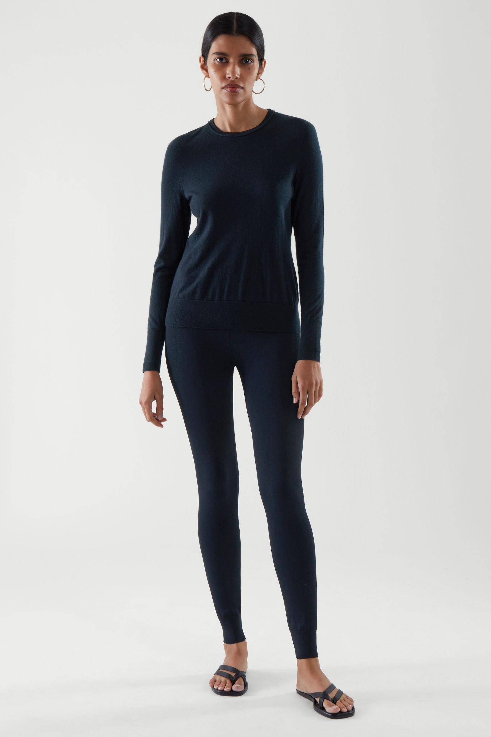 CASHMERE LONG-SLEEVE TOP