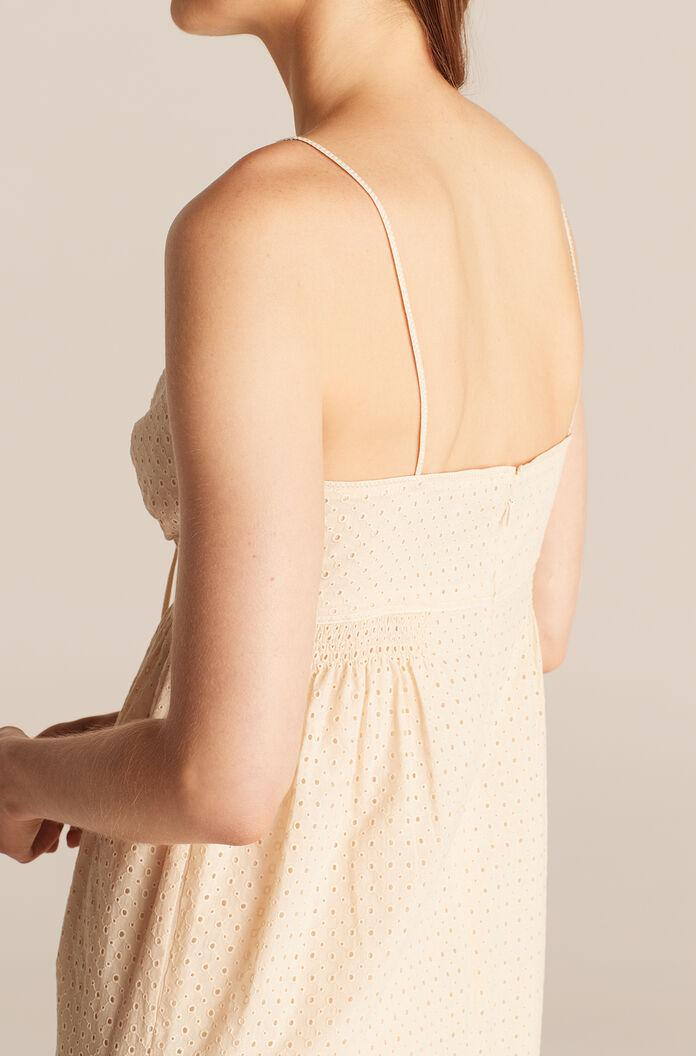 LYRA EMBROIDERED CUTOUT FRONT MIDI DRESS 3
