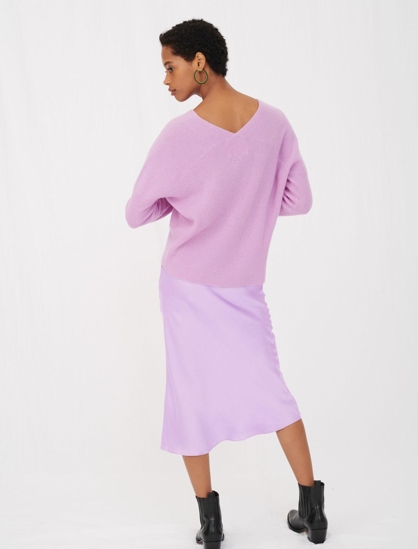 LOW-CUT RIBBED CASHMERE SWEATER