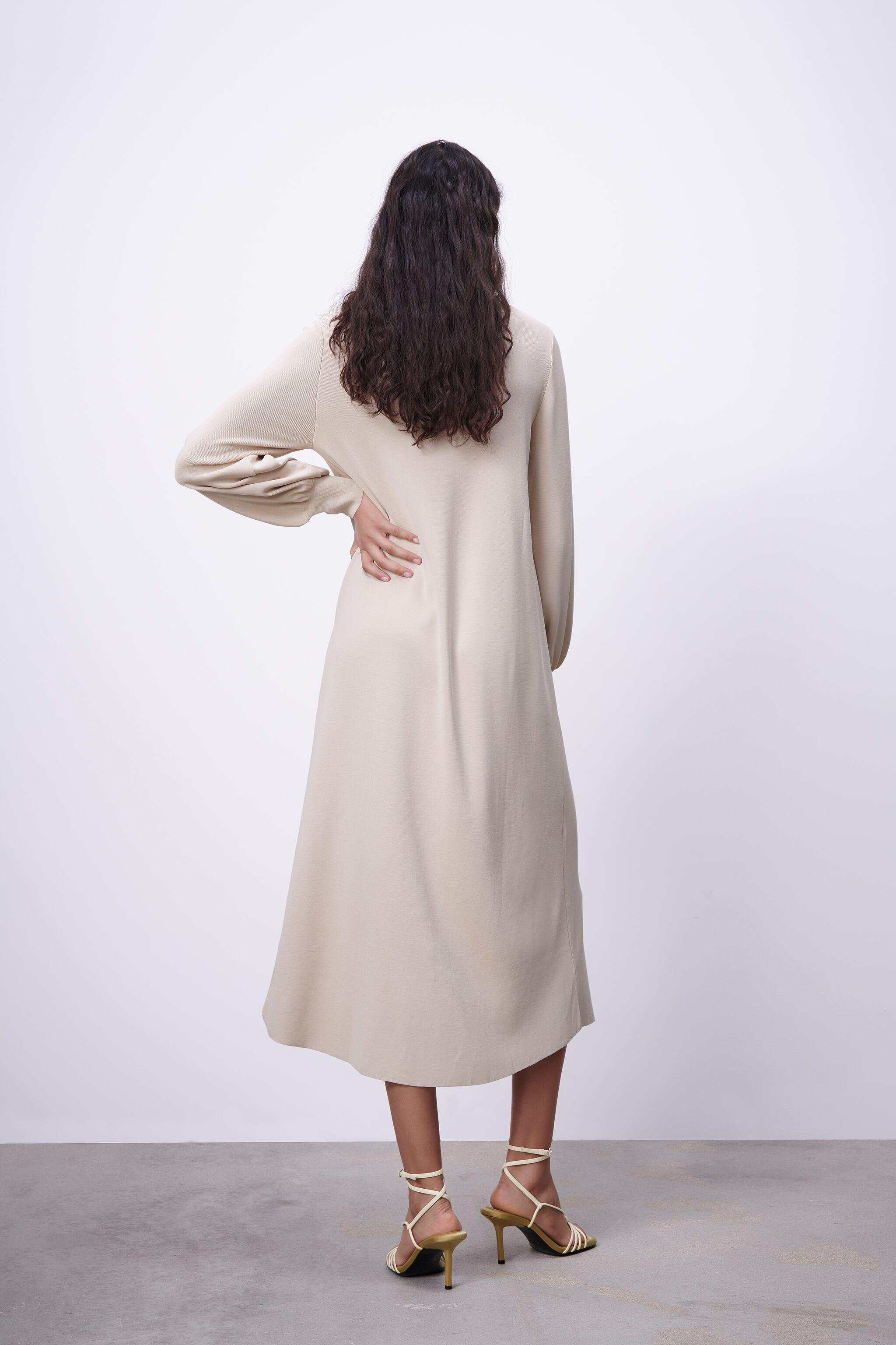 LIMITED EDITION BUTTONED KNIT DRESS 4