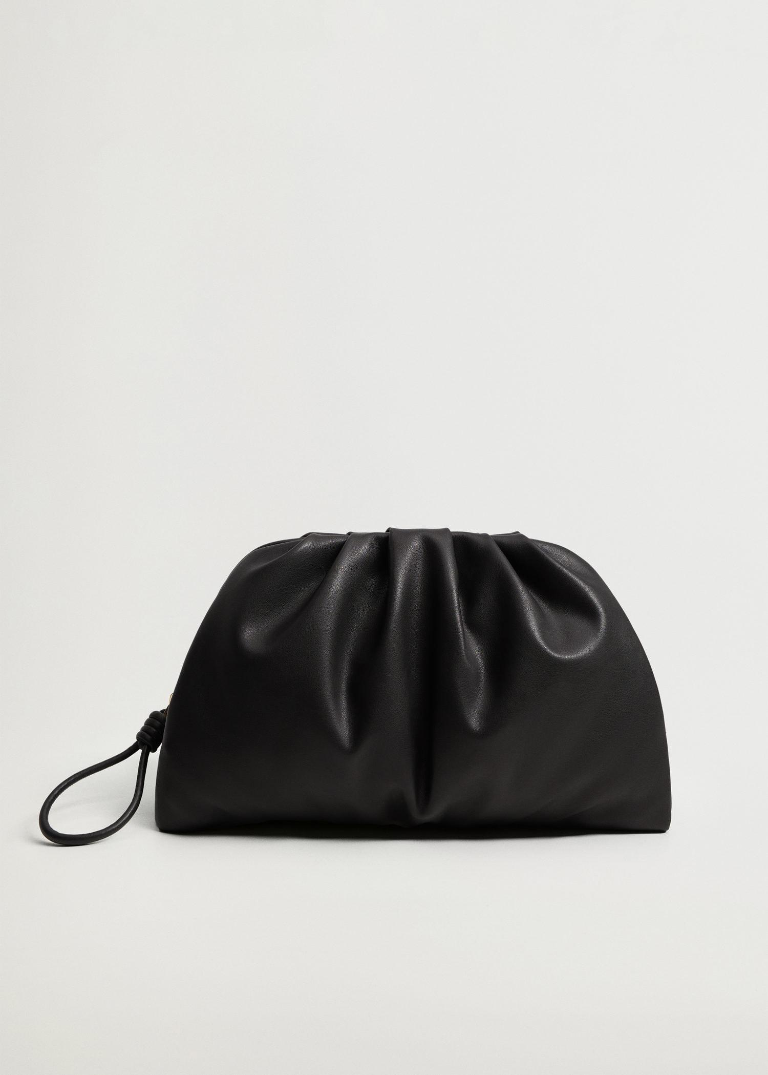 Pleated volume clutch