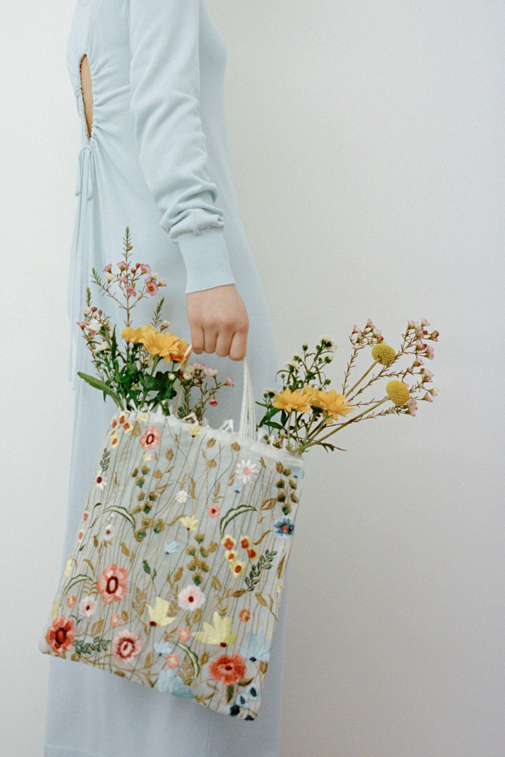 TULLE FLORAL EMBROIDERY TOTE BAG 6