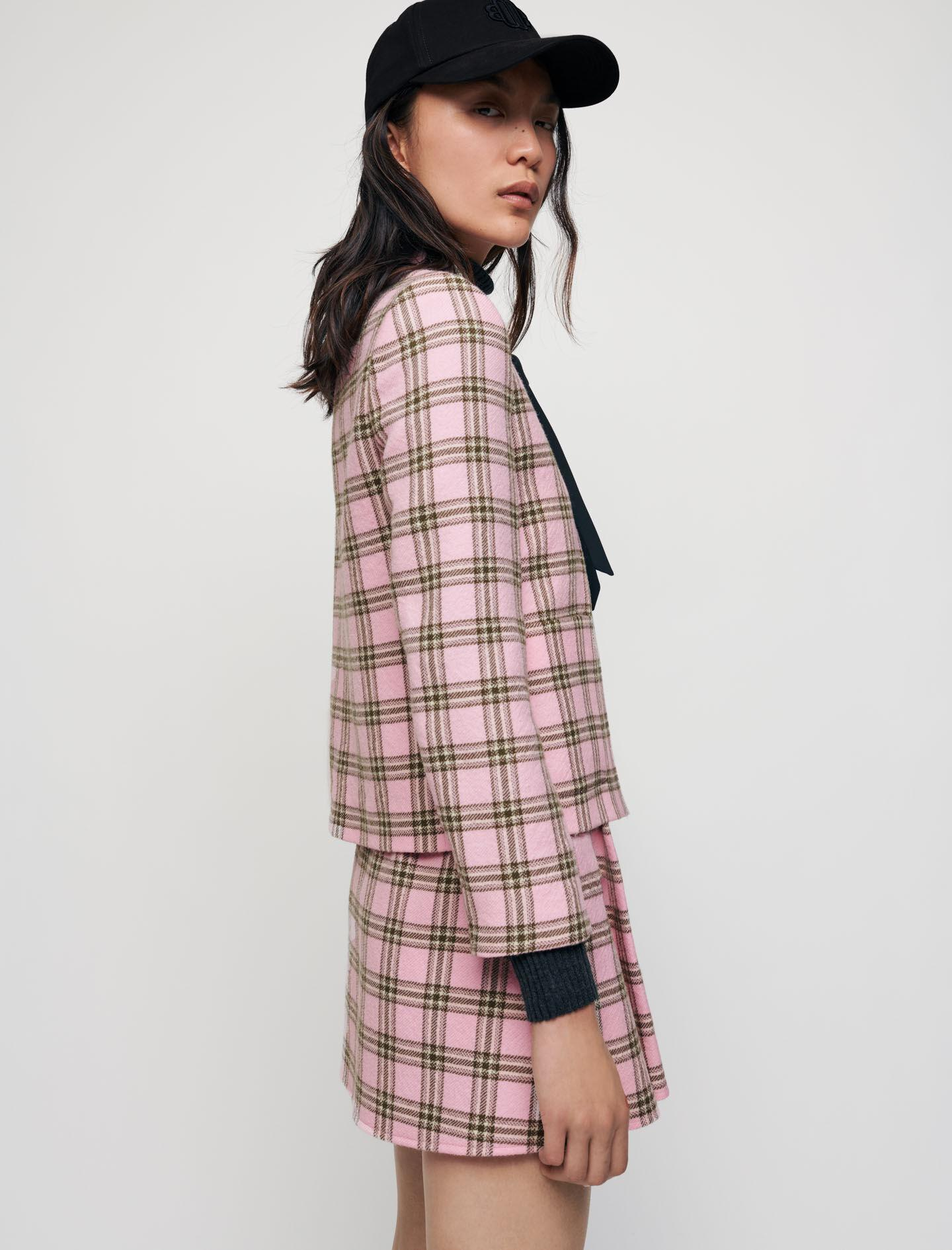 CHECKED JACKET WITH CONTRASTING NECKTIE 1