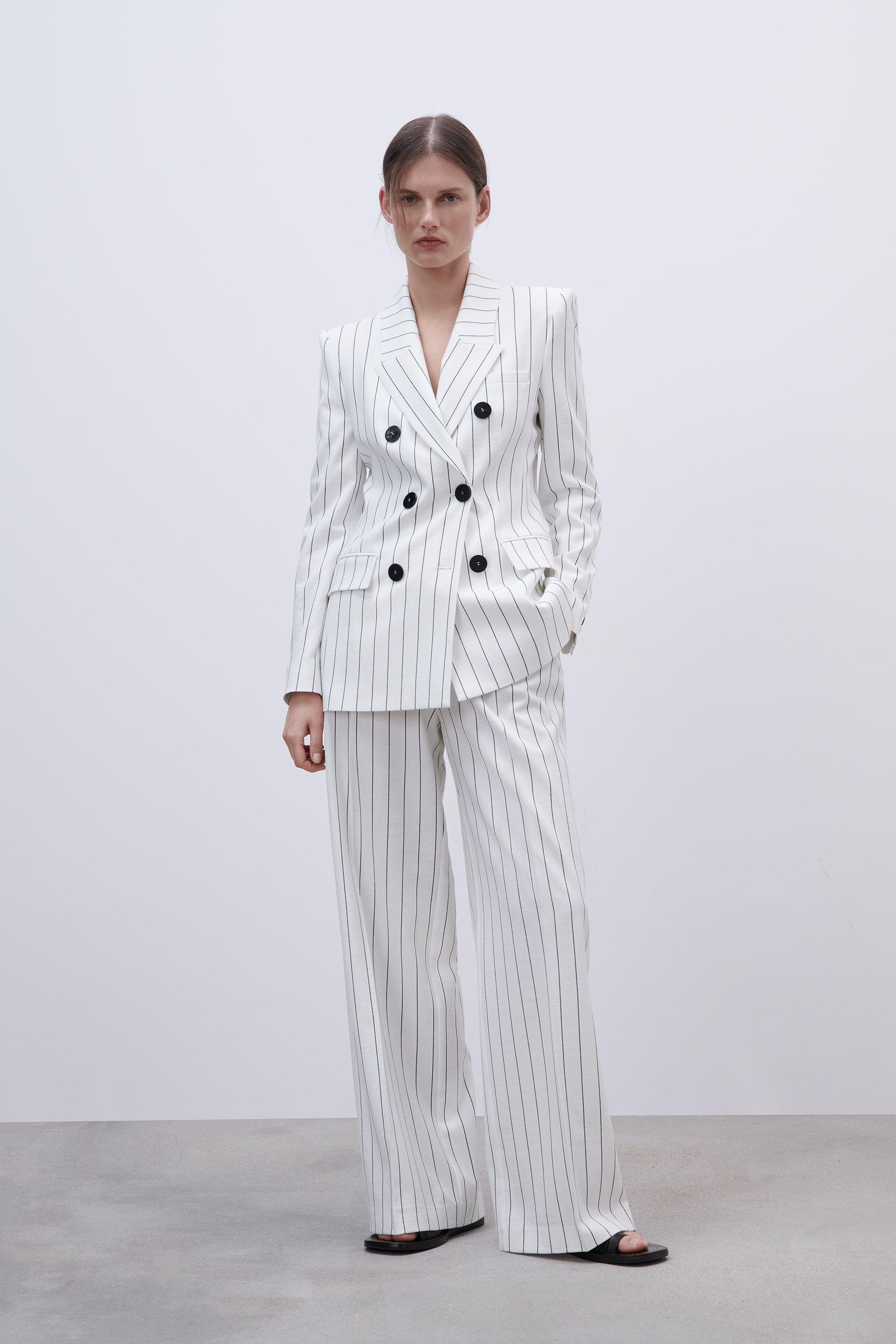 DOUBLE BREASTED STRIPED BLAZER