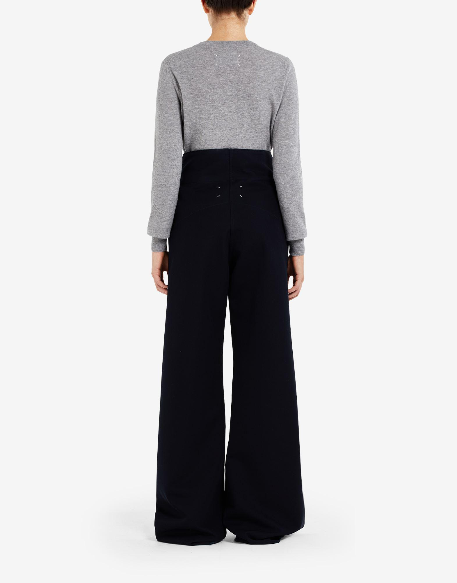 High-waisted pleated trousers 2