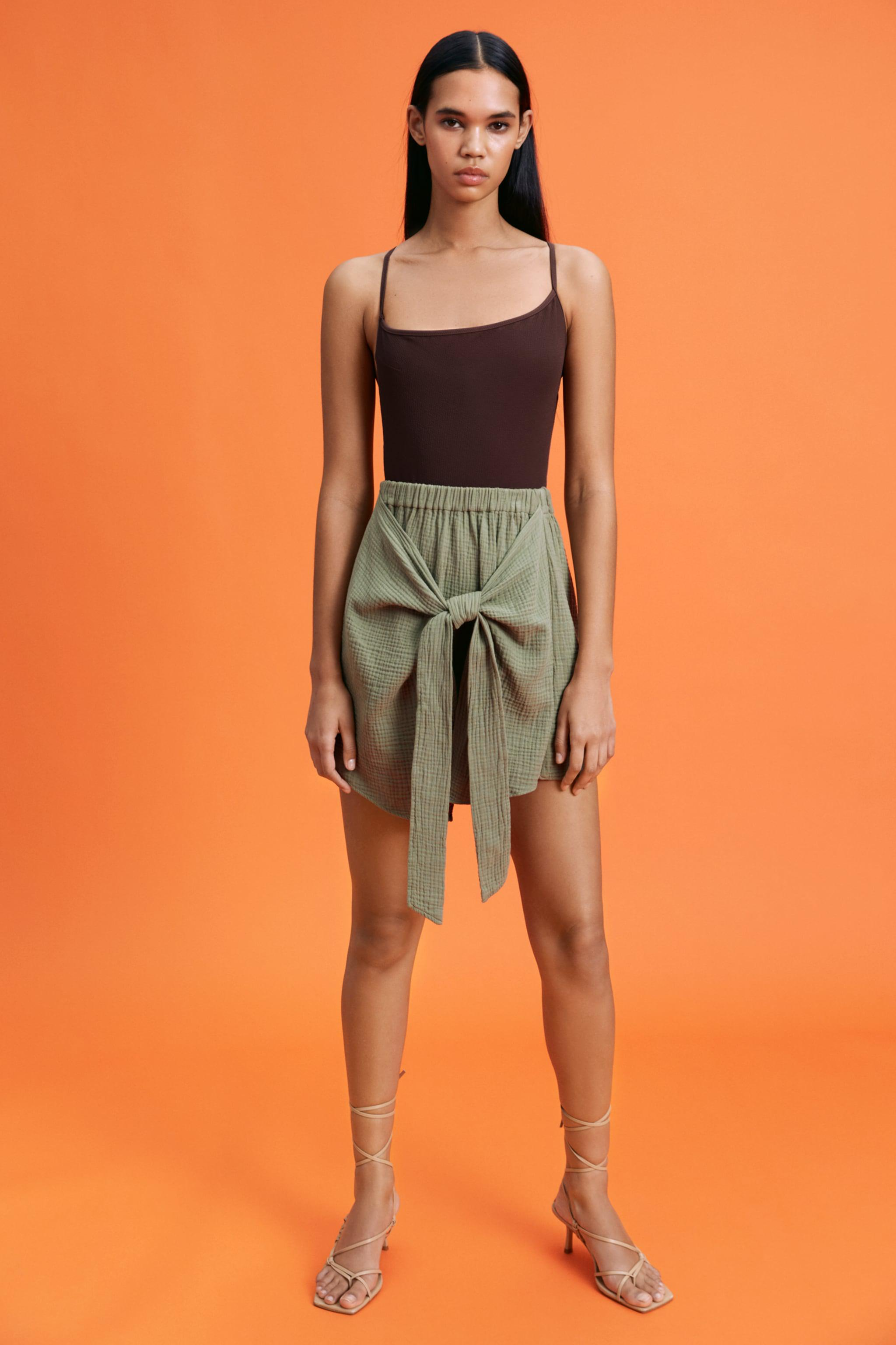 SOFT KNOTTED SKIRT