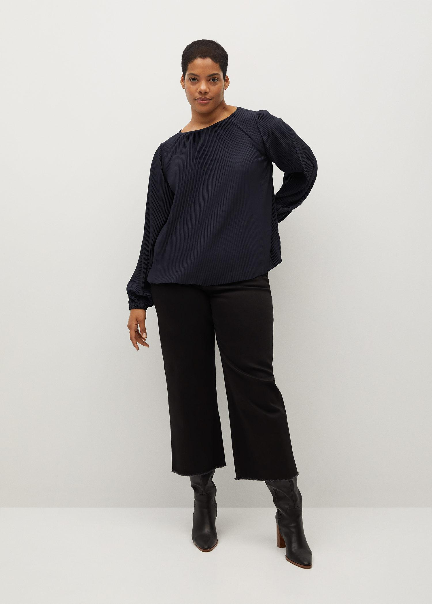 Puffed sleeves pleated t-shirt
