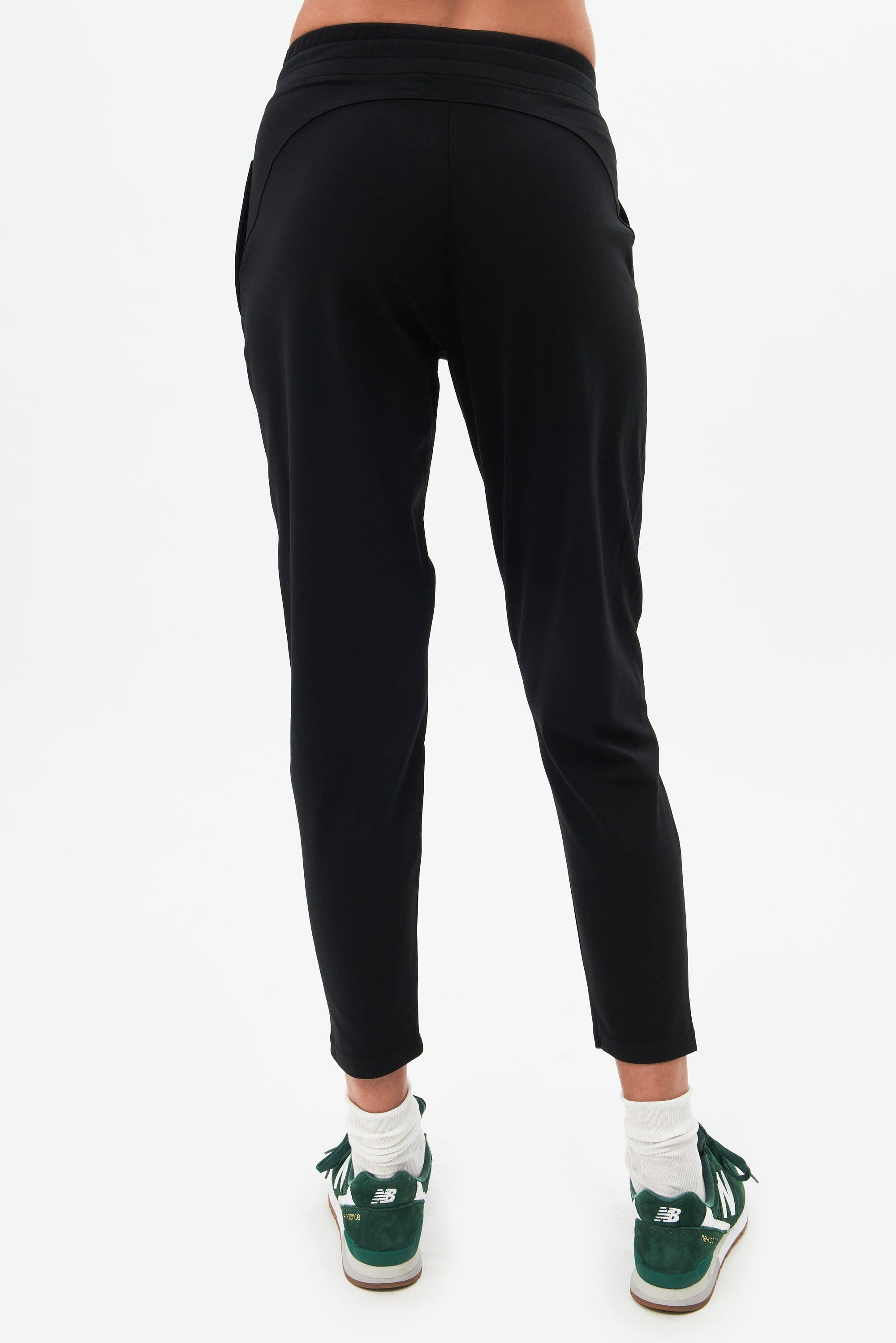 Airweight Jogger - Black 2