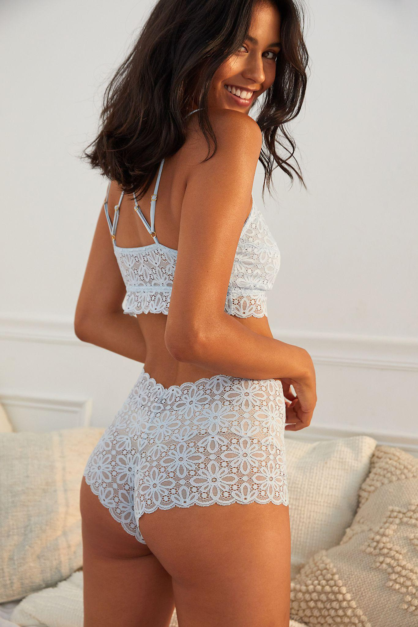 Lace High-Waisted Briefs