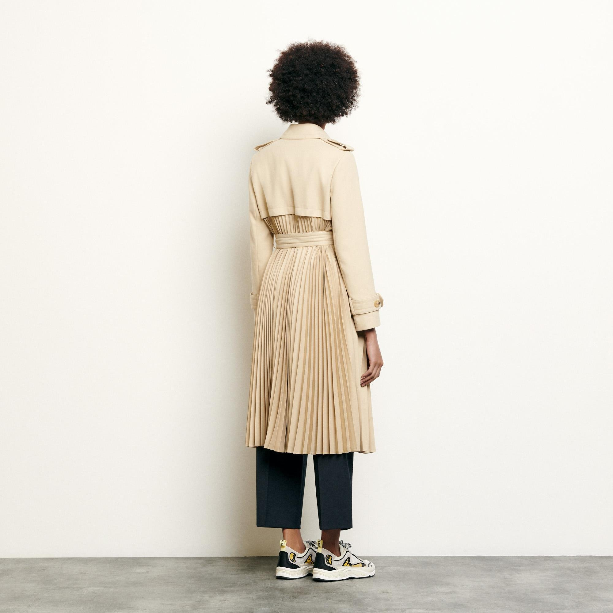 Pleated trench coat with belt 1