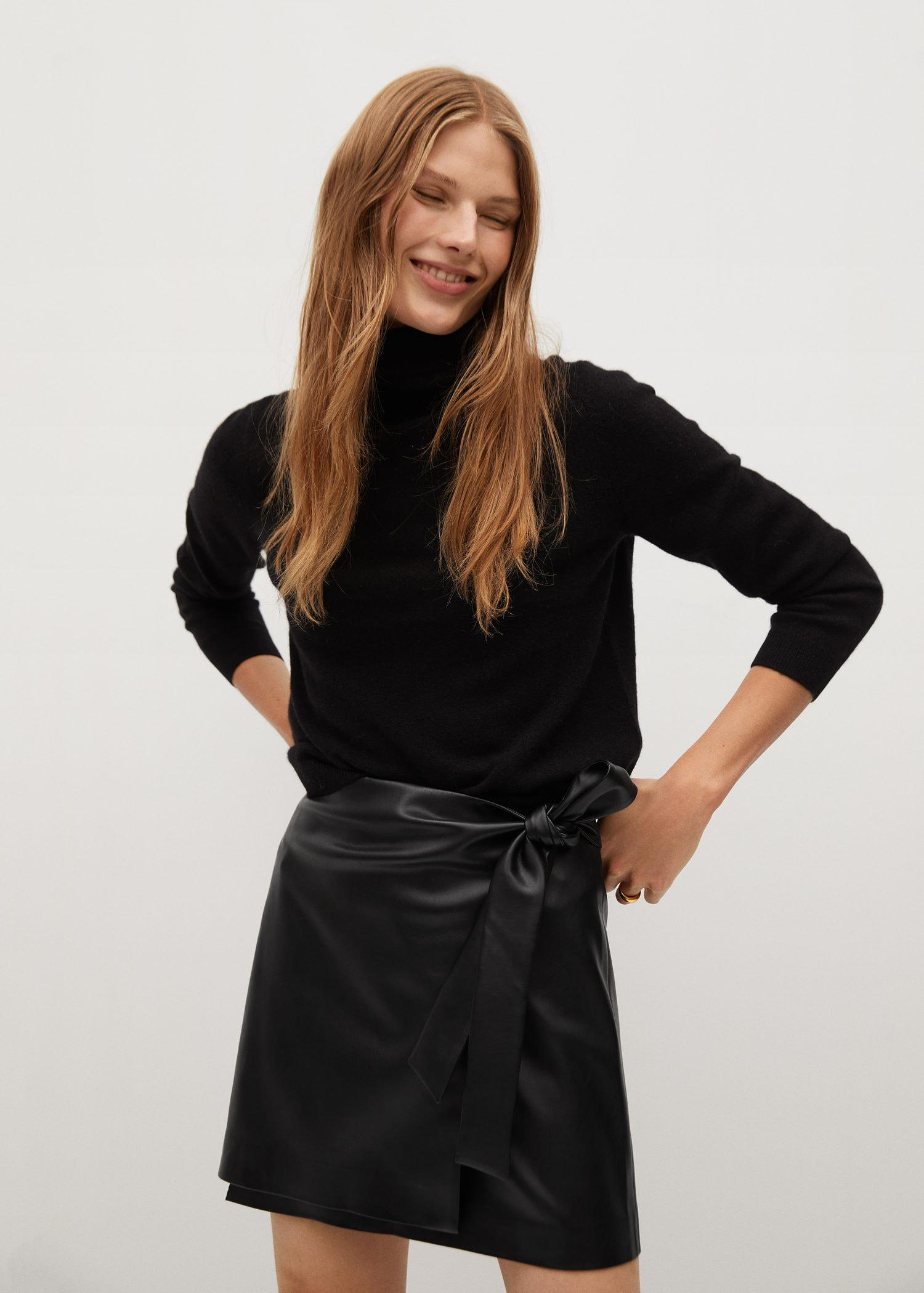 Knot leather-effect mini skirt