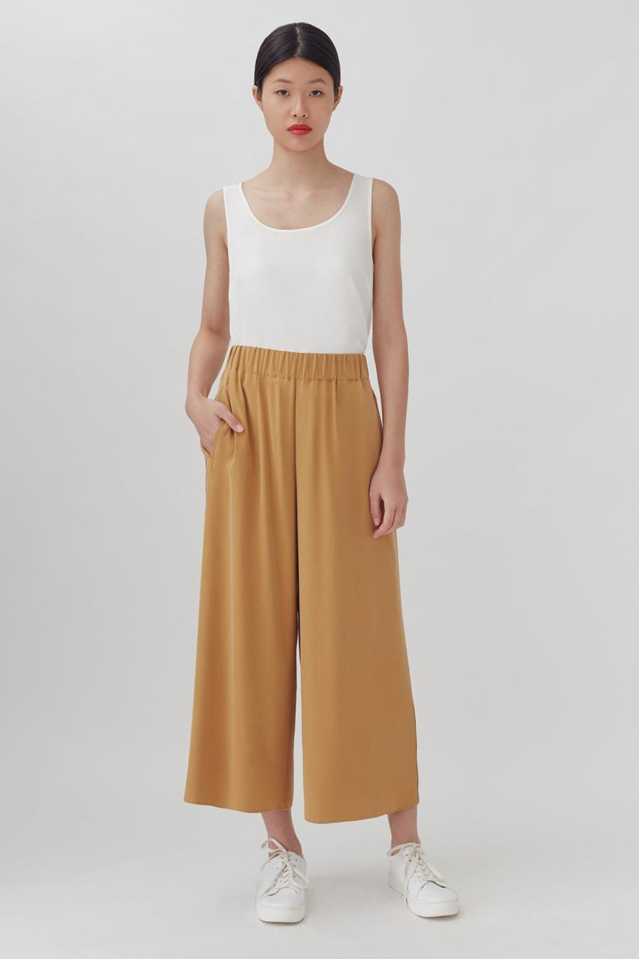 Women's Wide-Leg Cropped Pant in Honey | Size: XS | Washable Silk by Cuyana 1