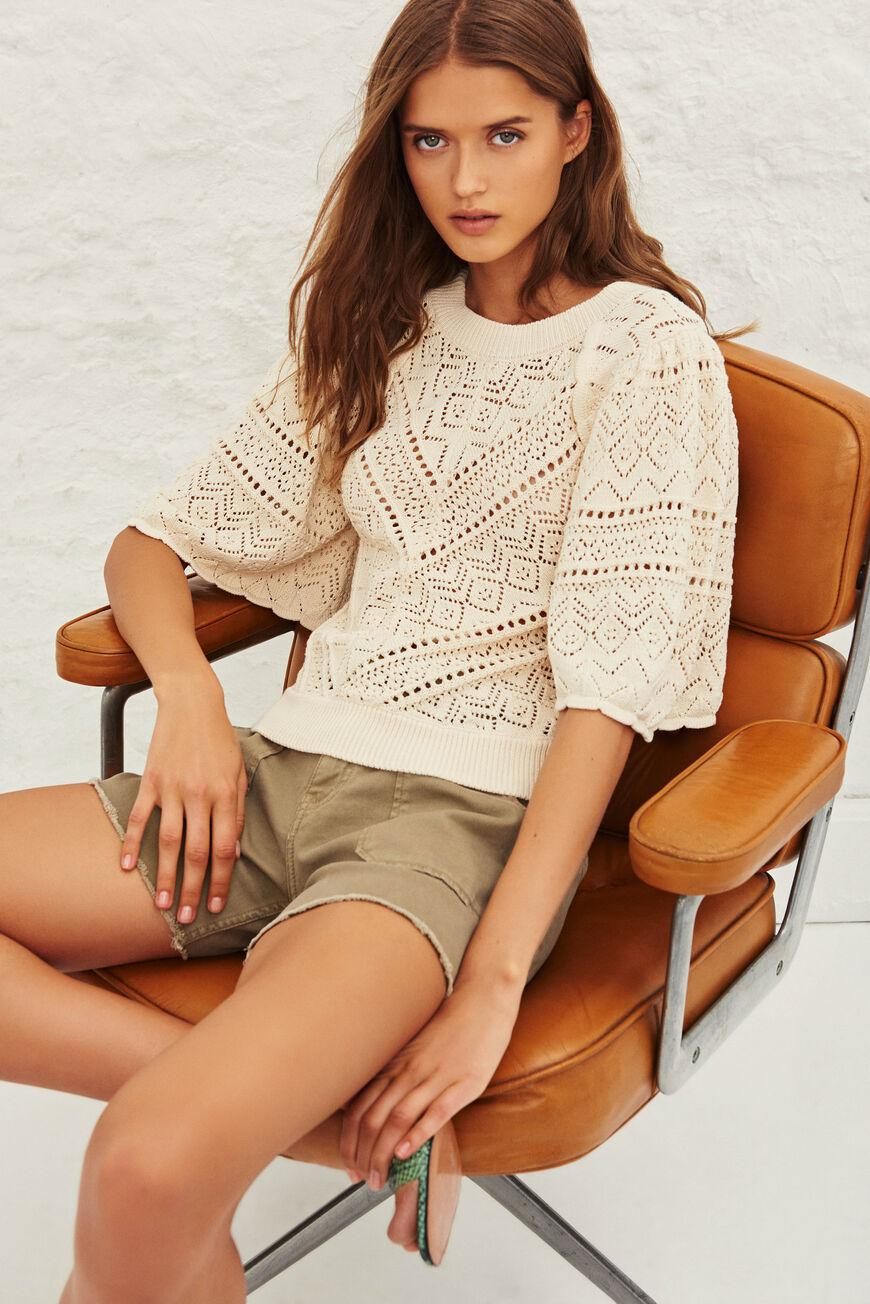 claire.LOOSE SLEEVE SWEATER