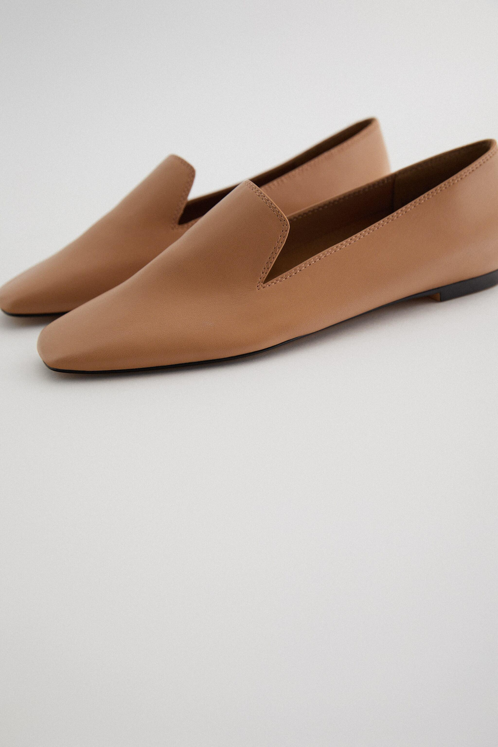 SQUARE TOE LOAFERS 1