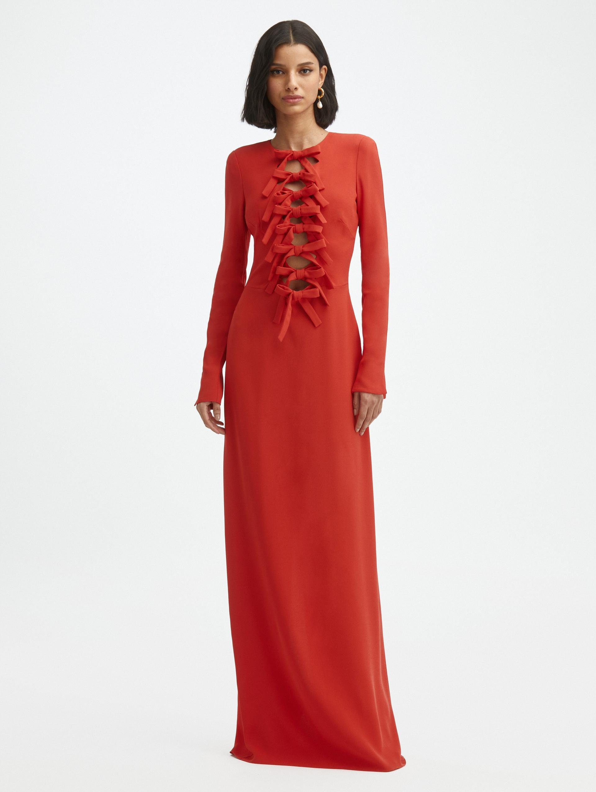 BOW FRONT CREPE GOWN