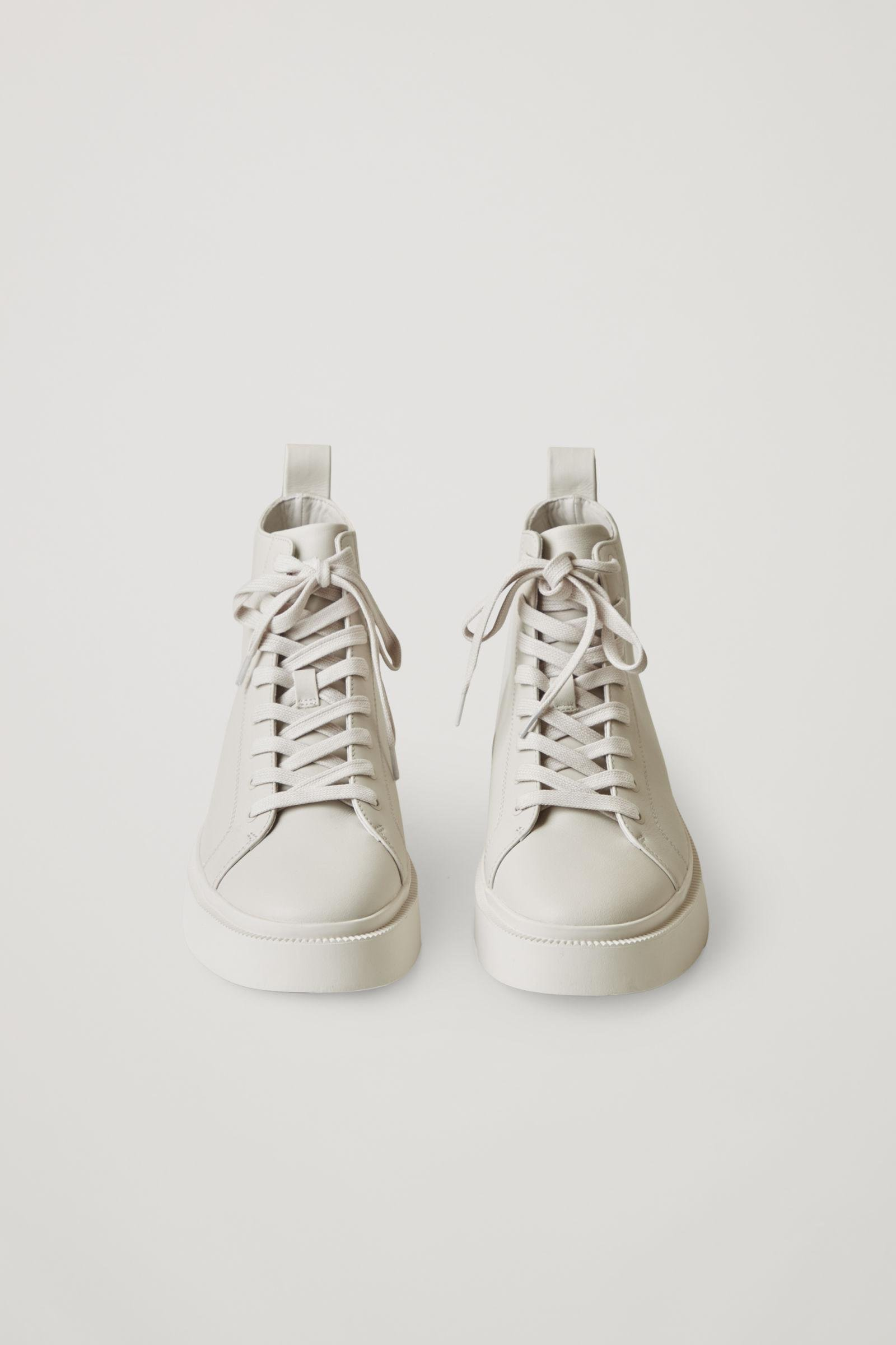 LEATHER HIGH TOP SNEAKERS 1