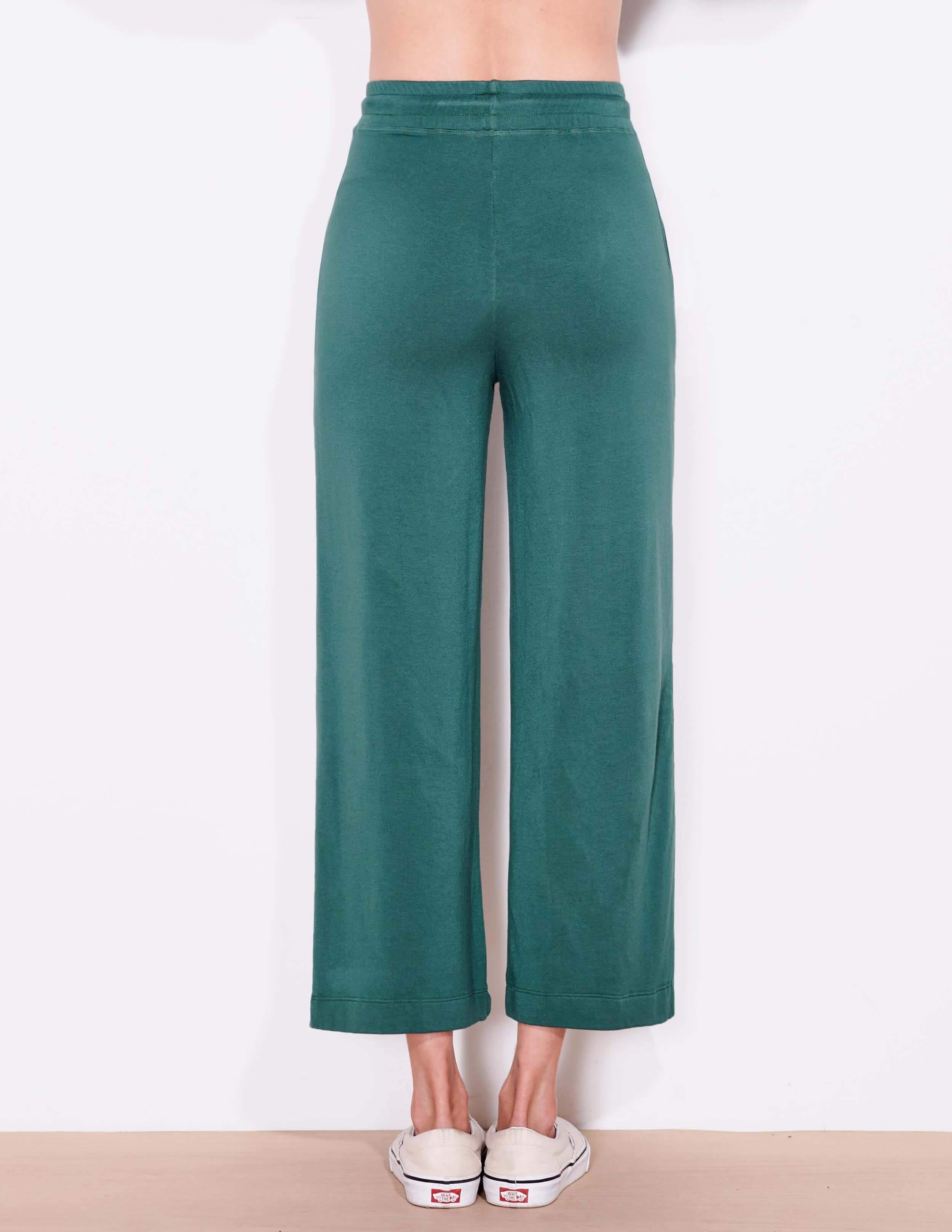 Cropped Flare Sweatpant 2