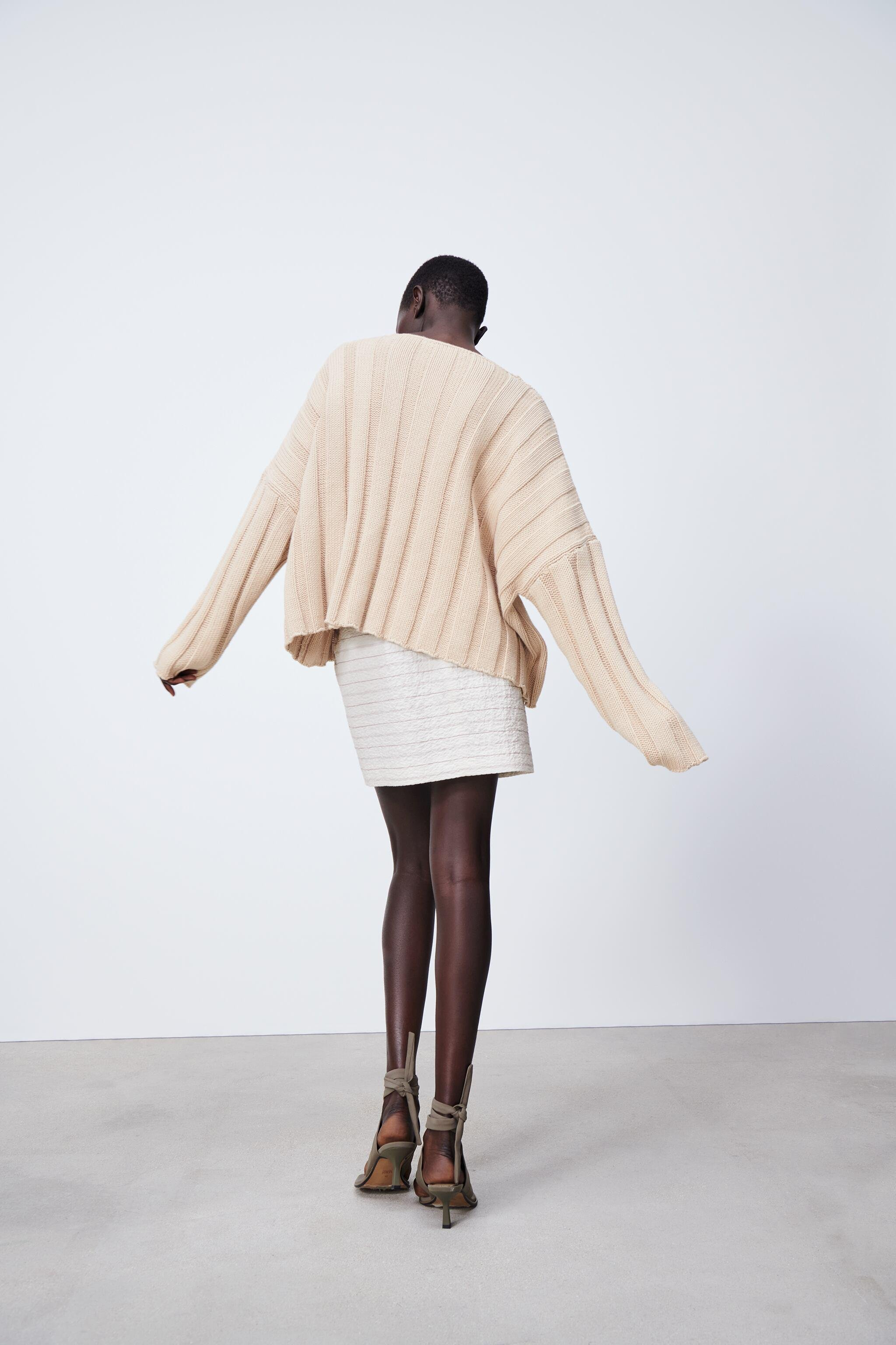 RIBBED KNIT SWEATER 3
