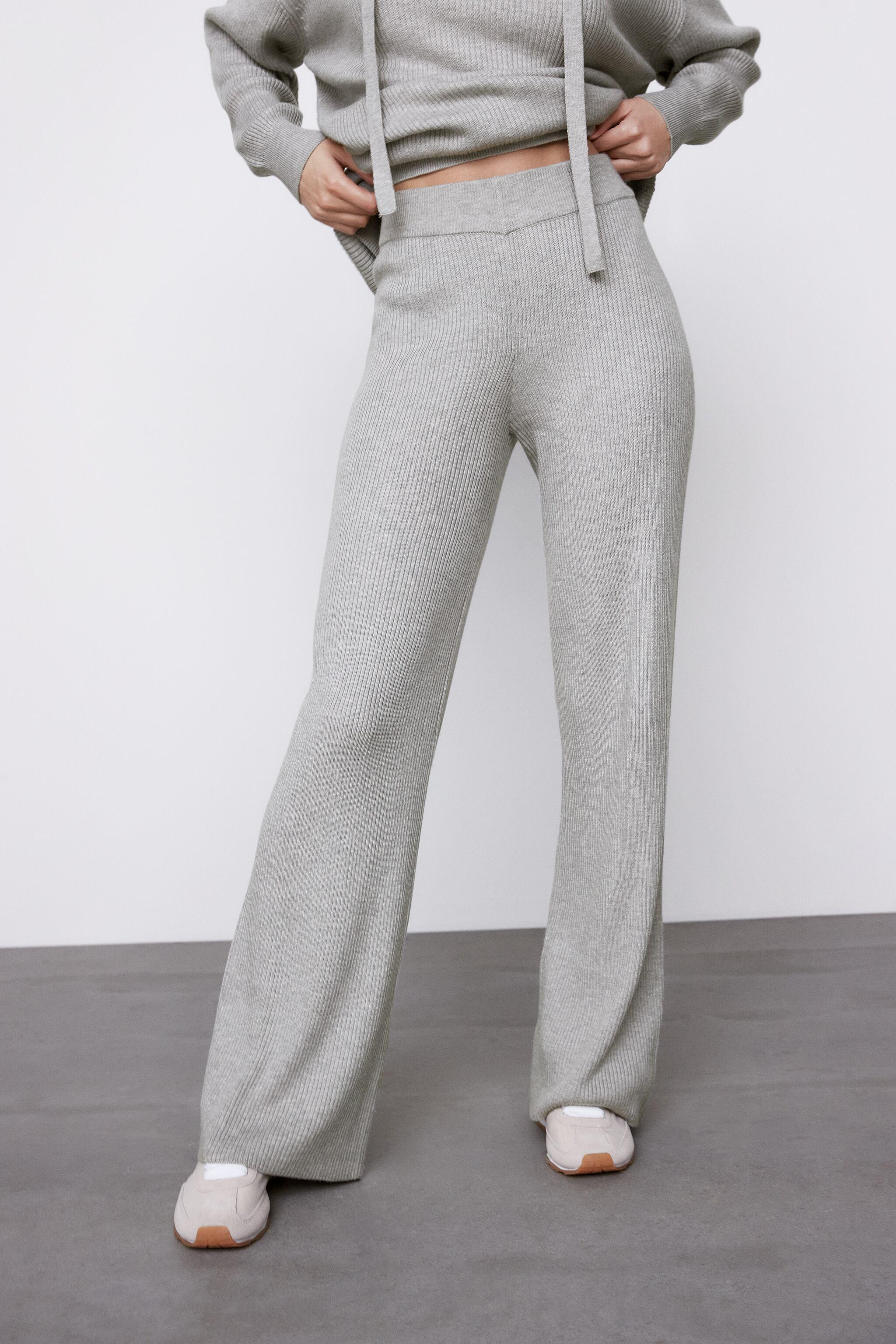 FLARED KNIT PANTS 1
