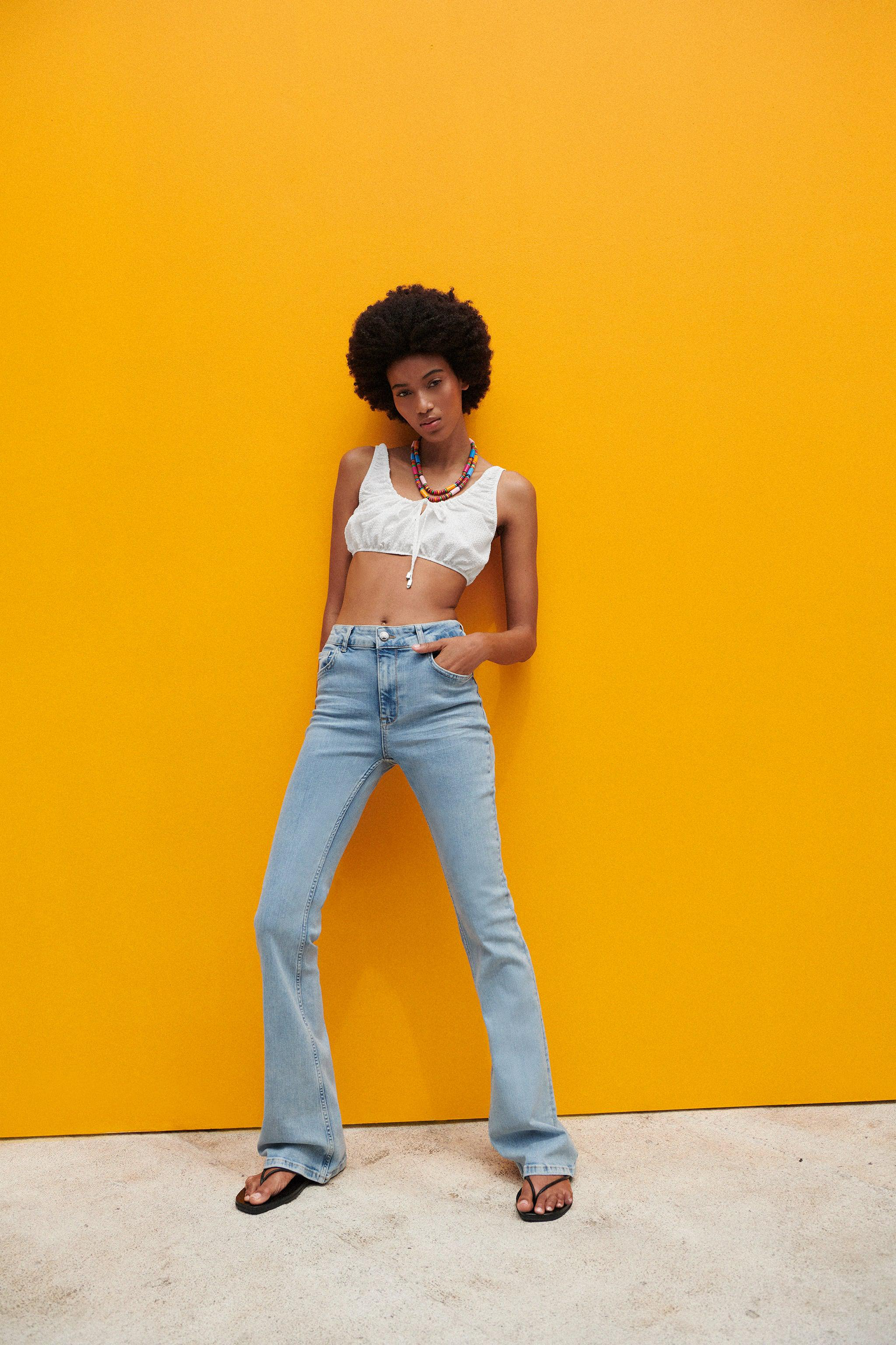 Z1975 HIGH RISE FLARED JEANS
