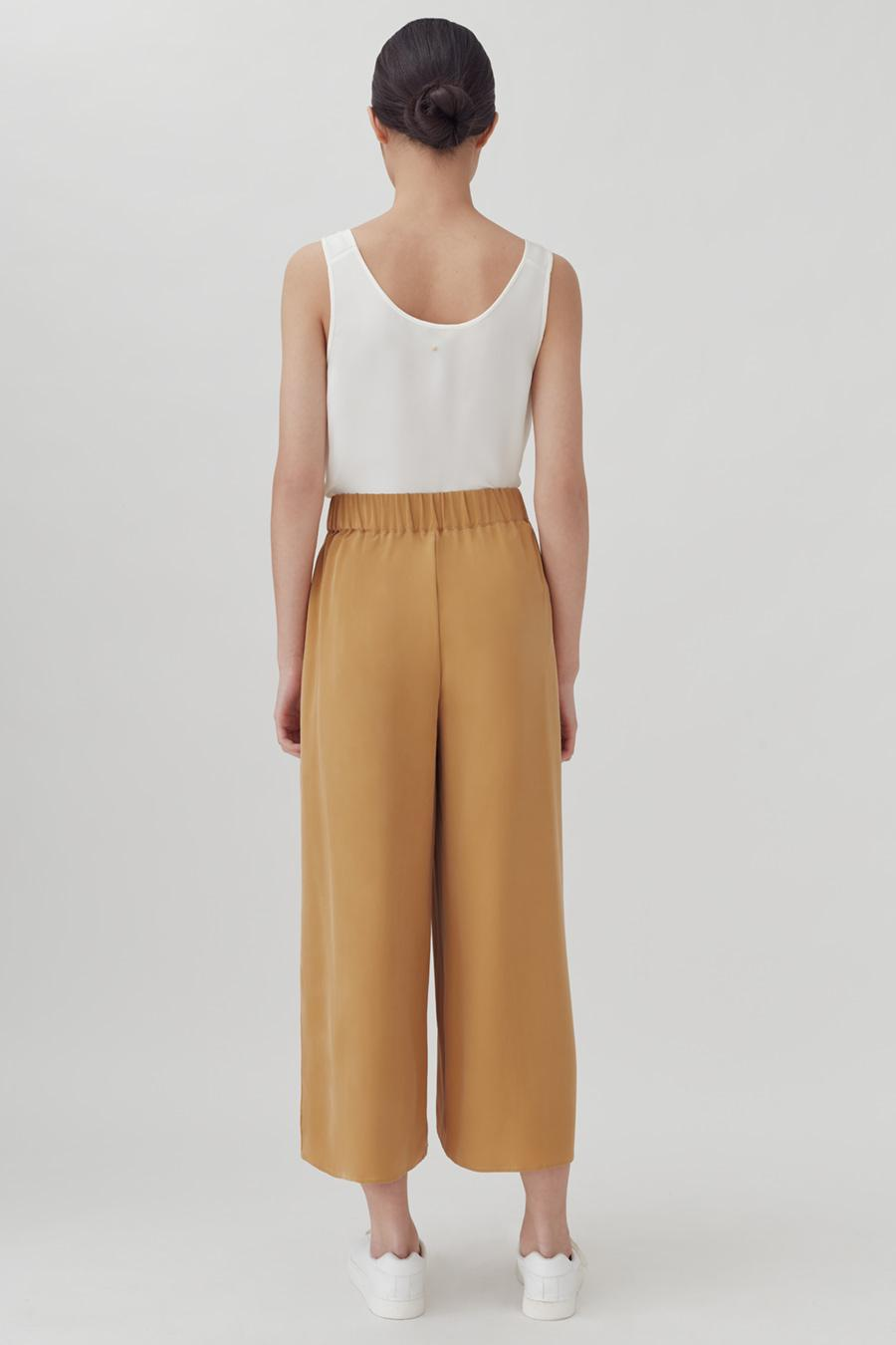 Women's Wide-Leg Cropped Pant in Honey | Size: XS | Washable Silk by Cuyana 2