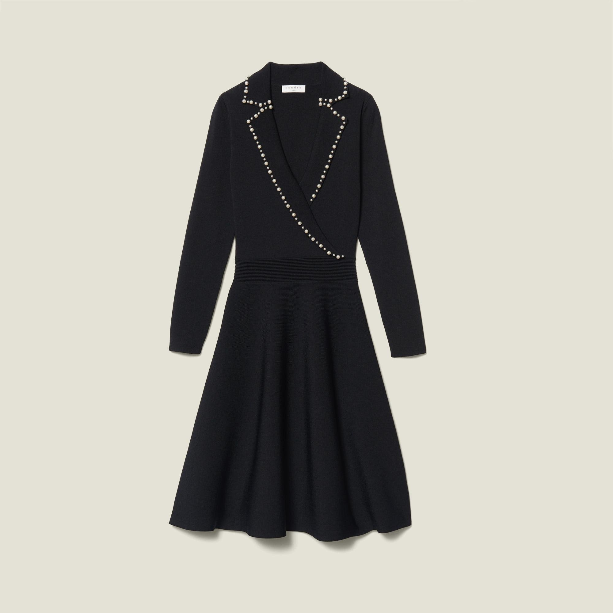 Short knit dress with tailored collar