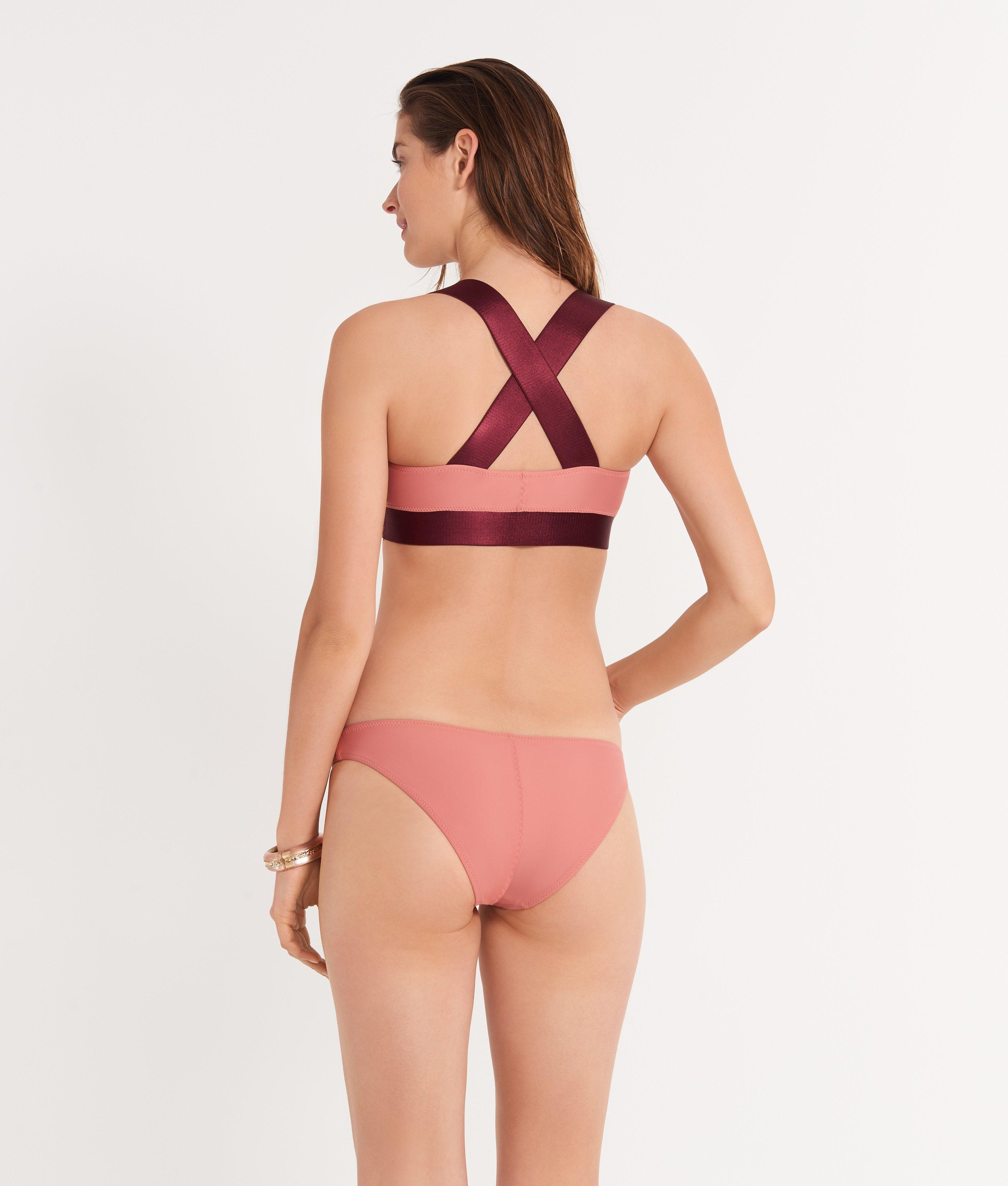 The Reversible Sporty Top 2
