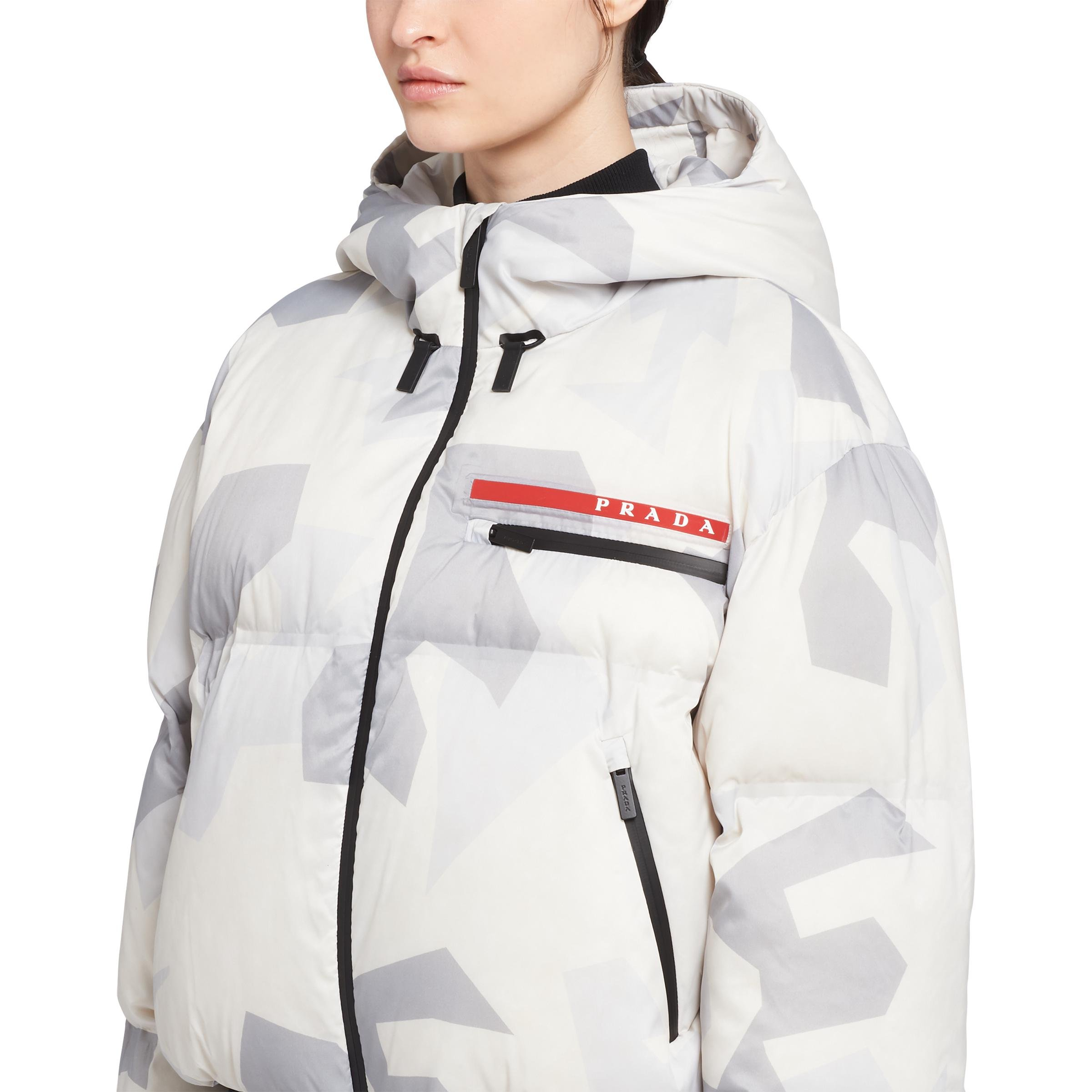 Cropped Camouflage Print Nylon Puffer Jacket Women Marble Gray 4