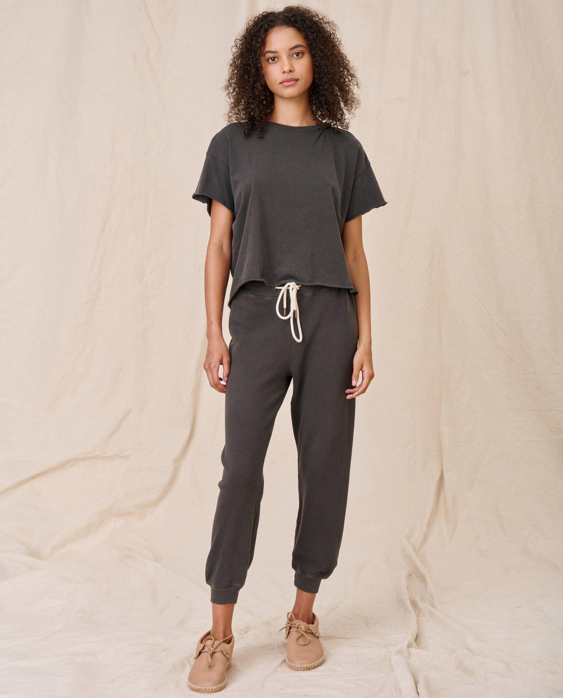 The Crop Tee. Solid -- WASHED BLACK