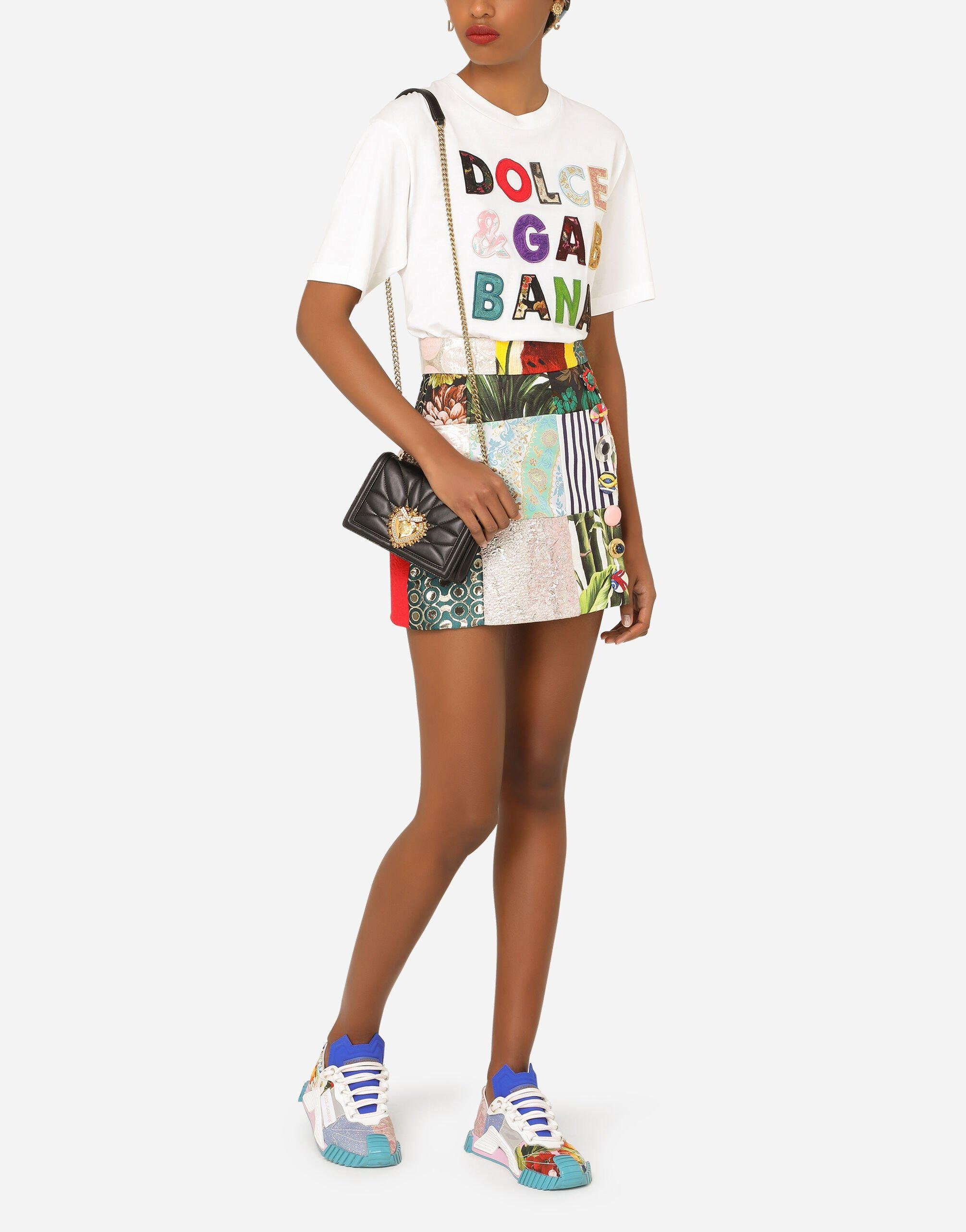 Short-sleeved jersey t-shirt with patchwork embellishment 4