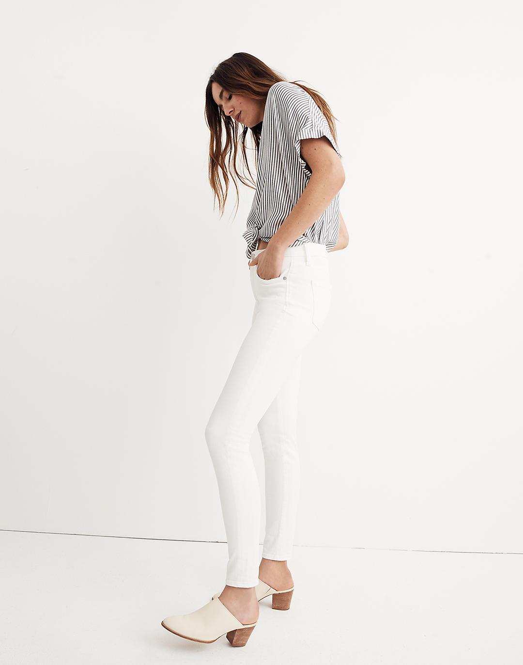 """Petite 9"""" Mid-Rise Skinny Jeans in Pure White 1"""