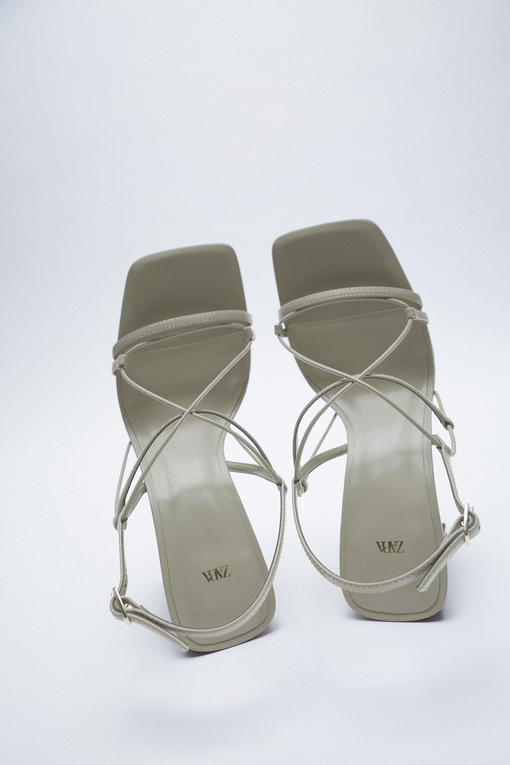 THIN STRAP LEATHER SANDALS 6