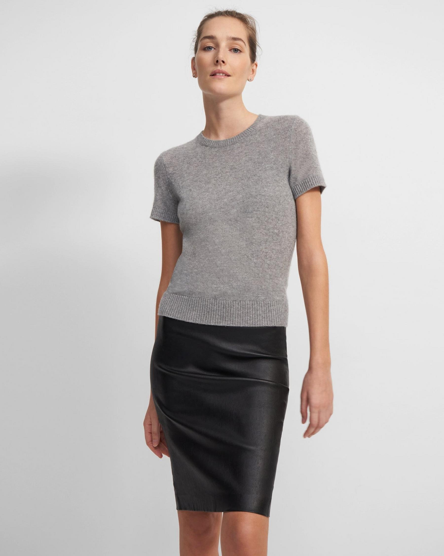 Pencil Skirt in Leather 3