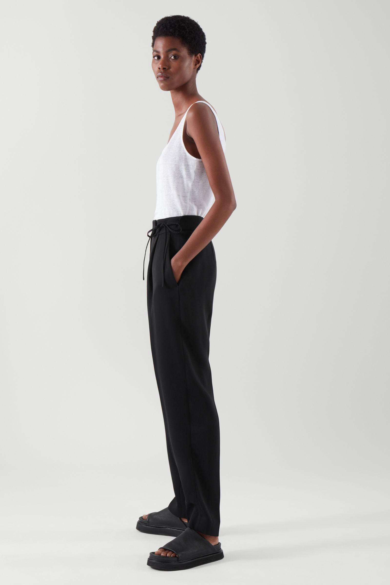 TAPERED PANTS 3