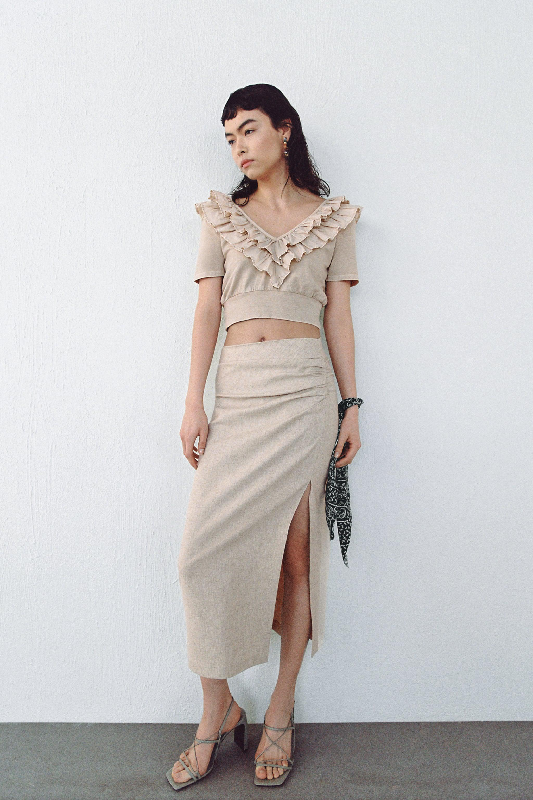 WASHED EFFECT RUFFLED TOP