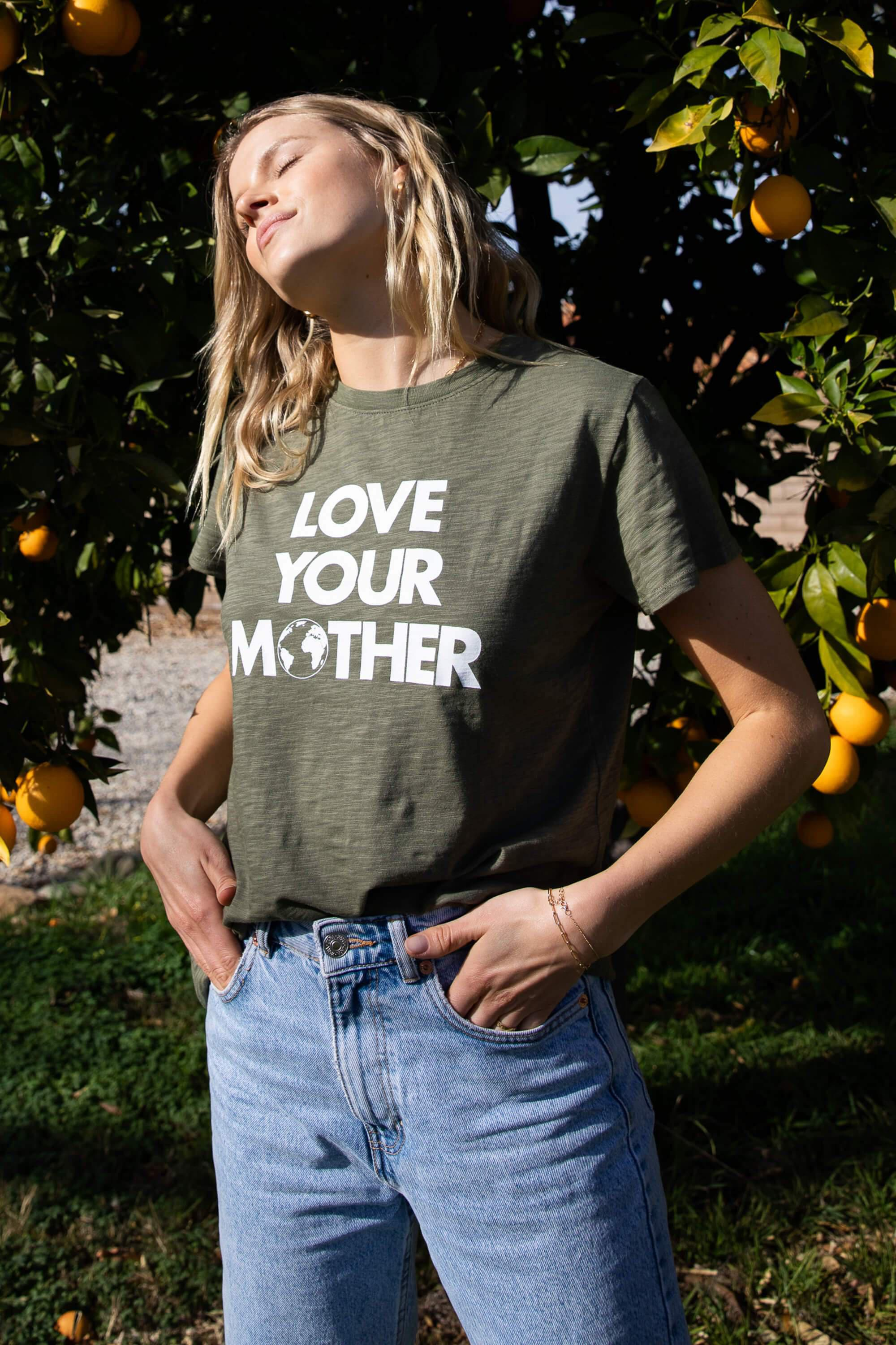 LOVE YOUR MOTHER LOOSE TEE