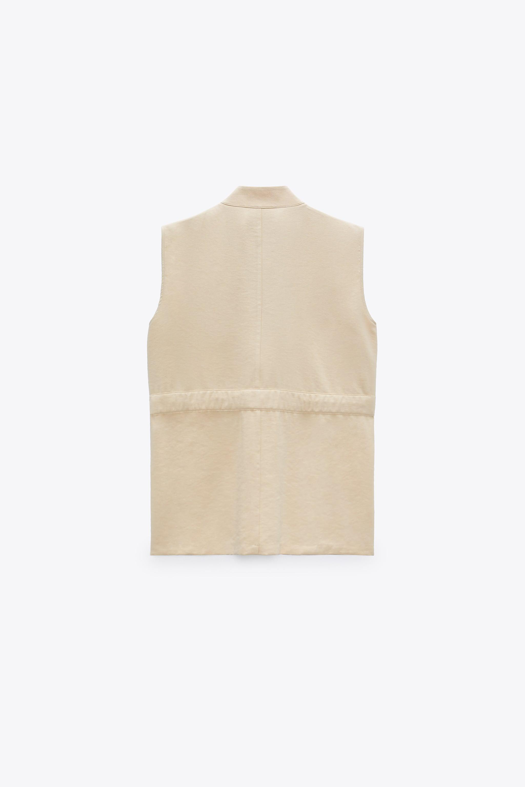 VEST WITH POCKETS 5