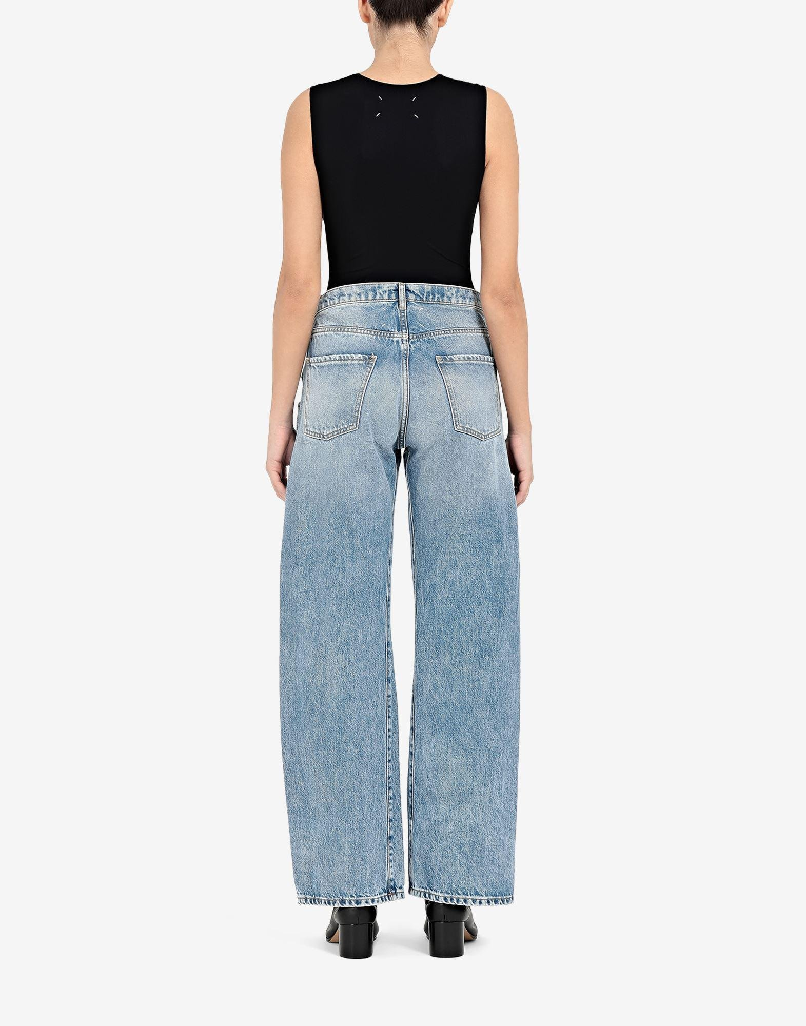 Straight jeans with contrasted pockets 2
