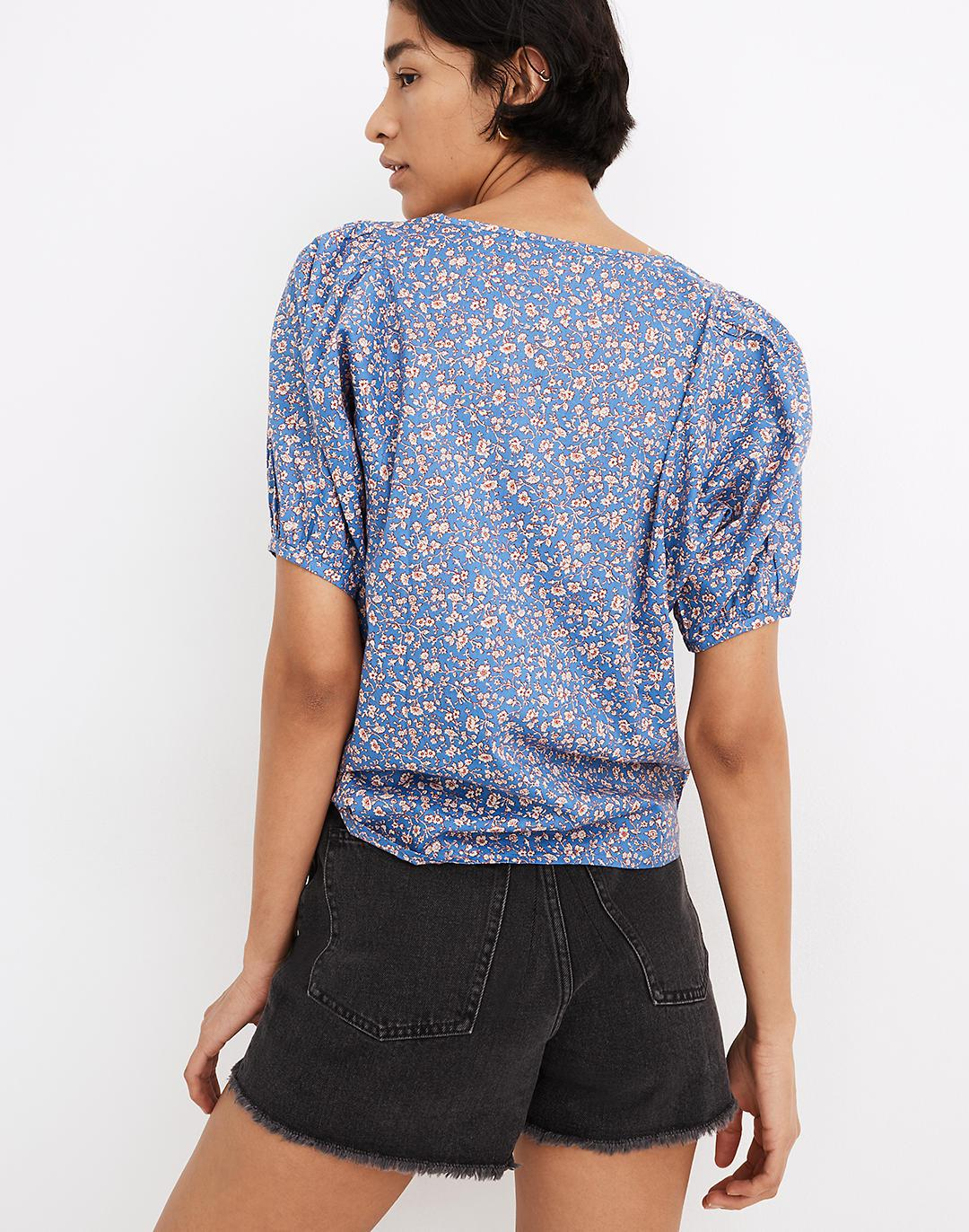 V-Neck Puff-Sleeve Top in Summer Vines 2