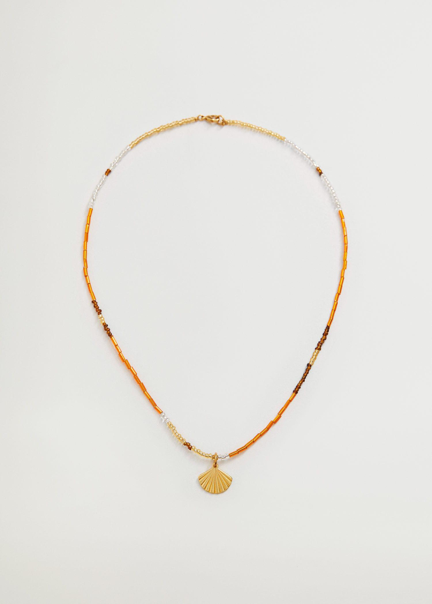 Beads pendant necklace
