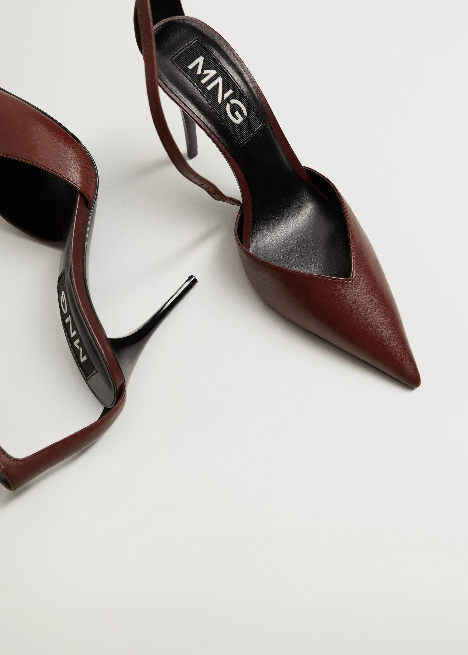 Heel leather shoes 3