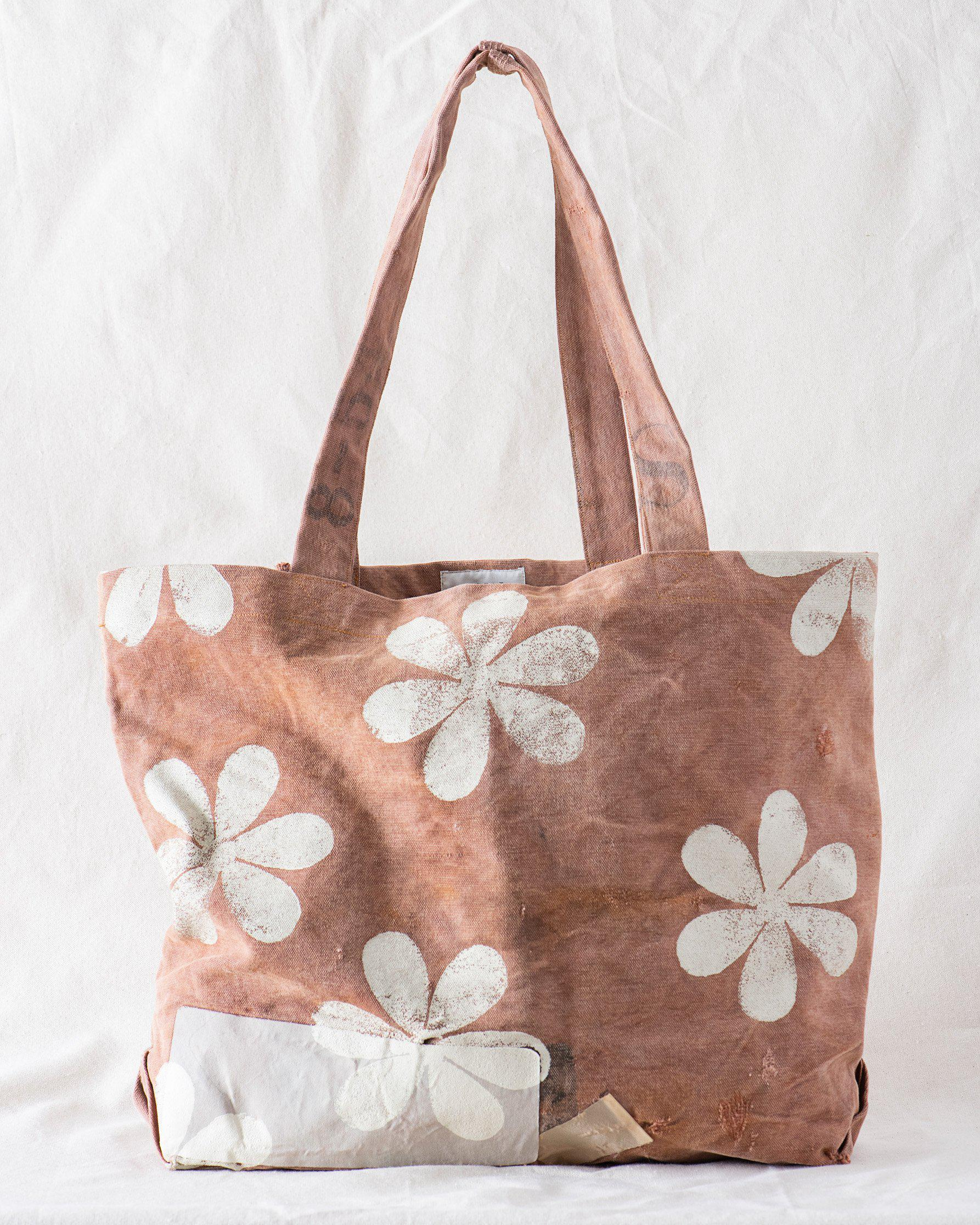 The Tote. -- Rust with Daisy Stamp