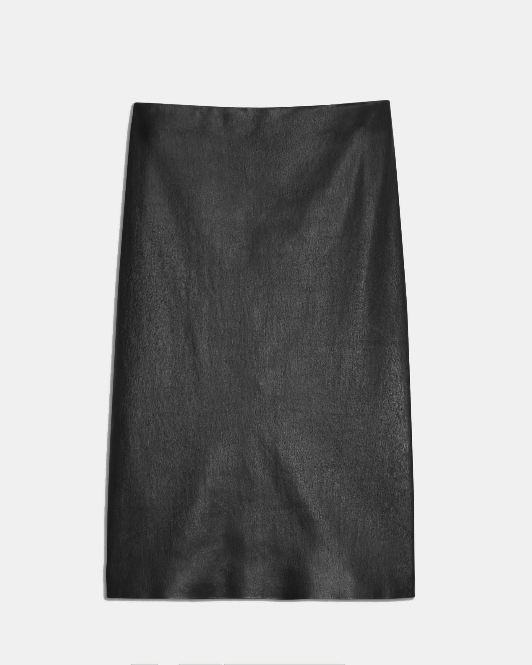 Pencil Skirt in Leather 4