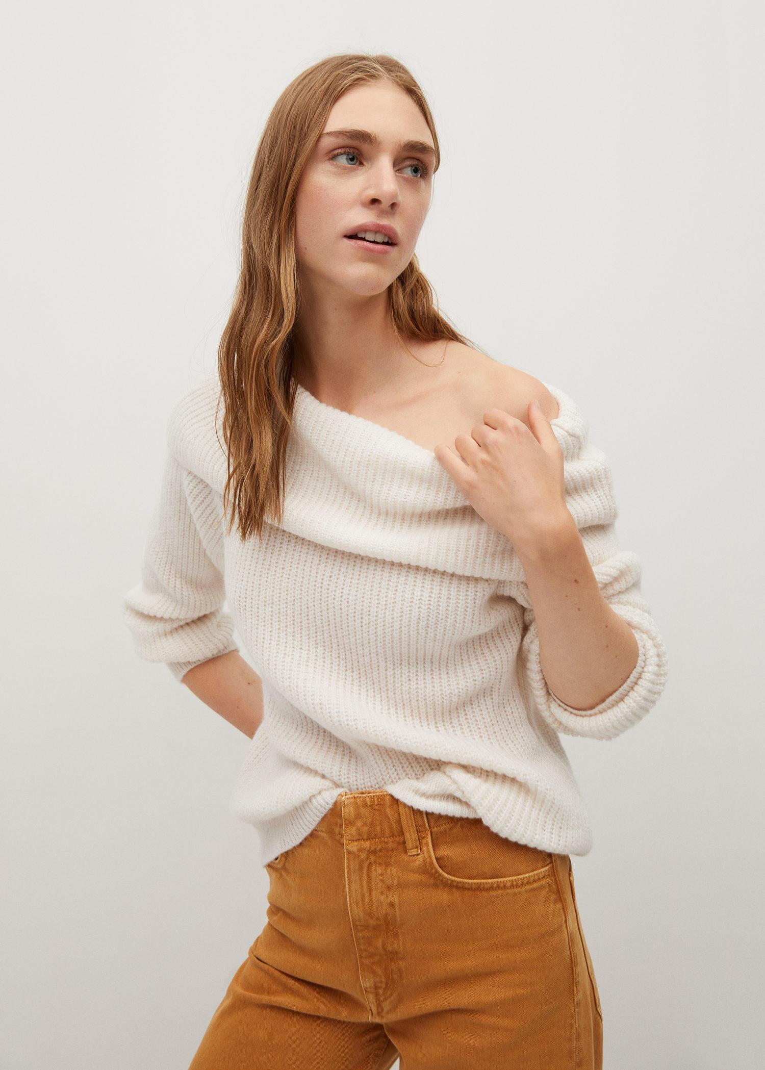 Boat-neck knitted sweater