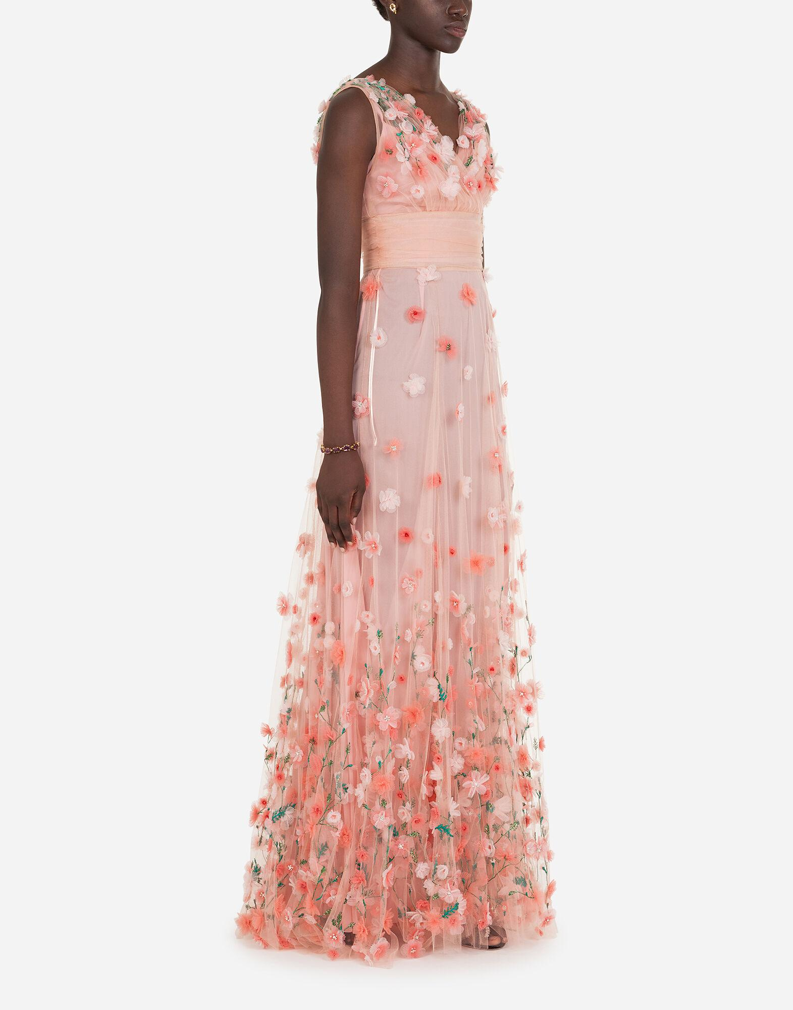 Long dress in tulle with sequins and mini hand-embroidered flowers 3
