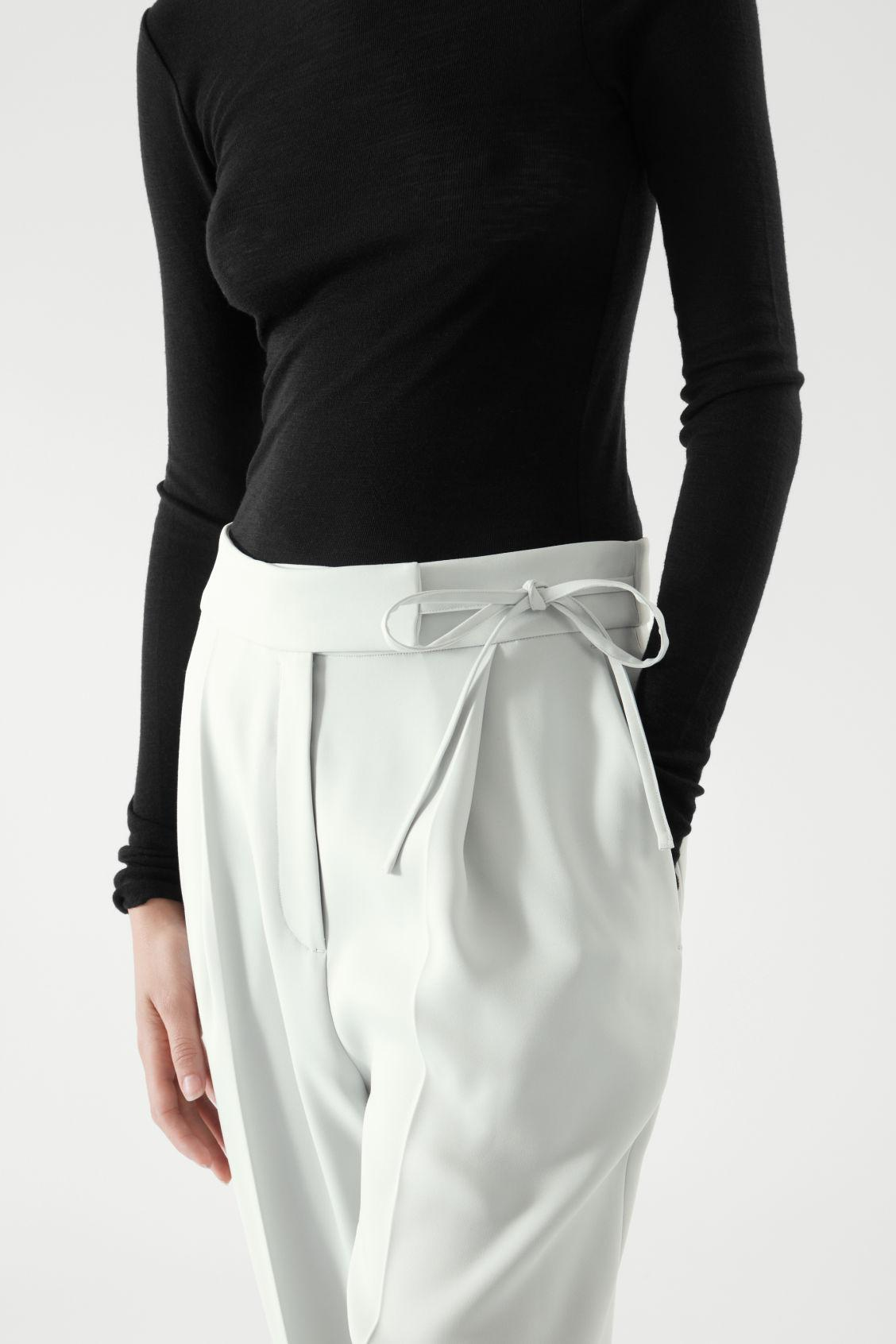 TAPERED PANTS 4