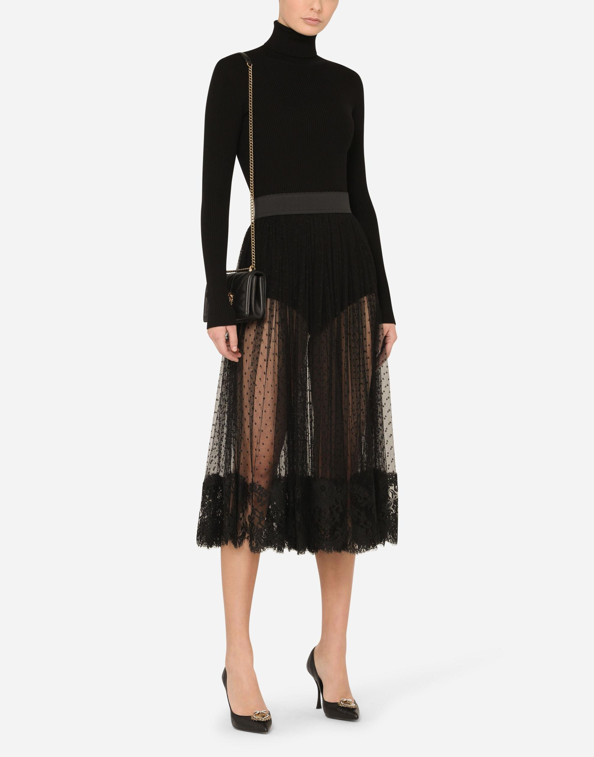 Pleated calf-length skirt in chantilly lace and plumetis 3