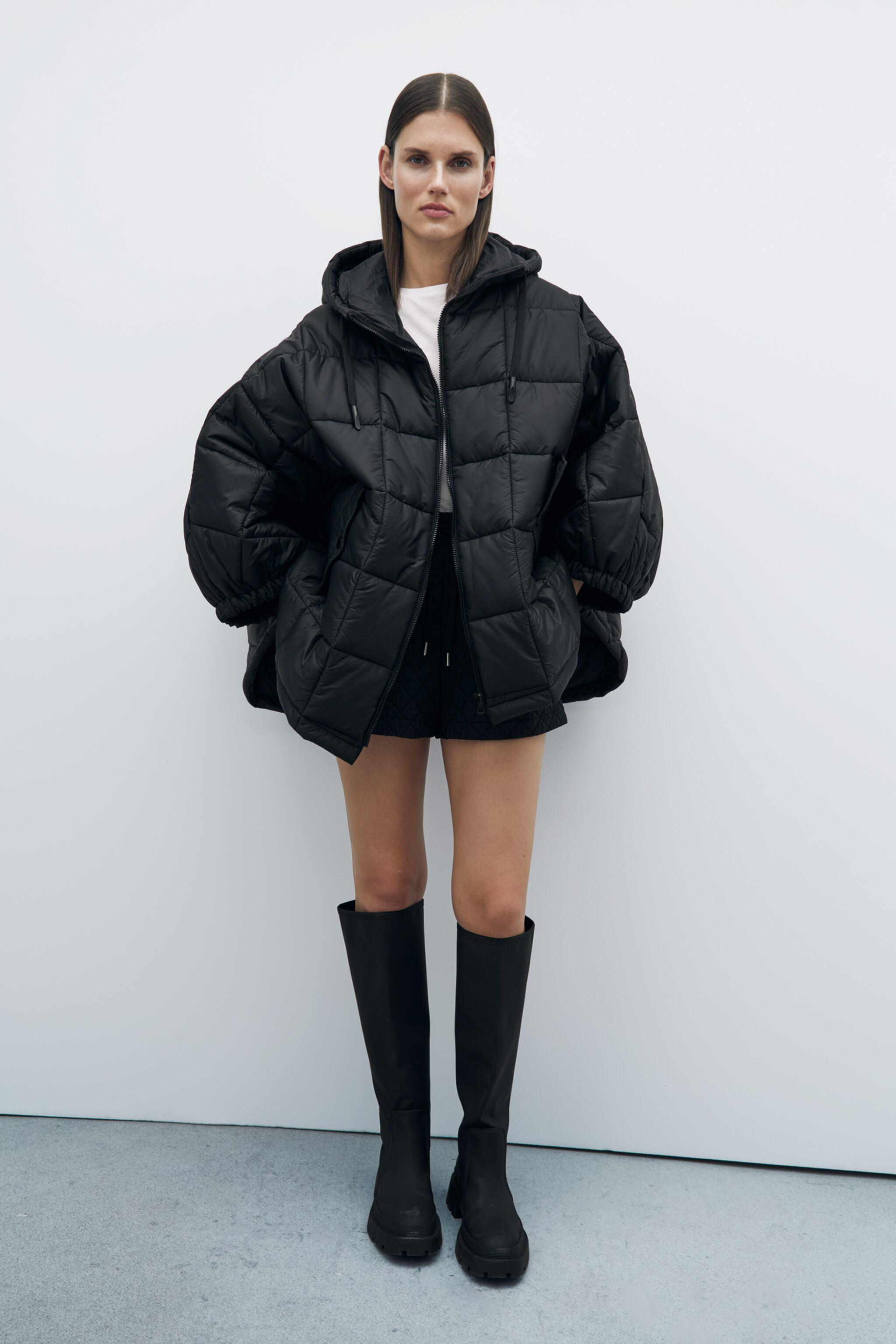 HOODED PUFFER CAPE